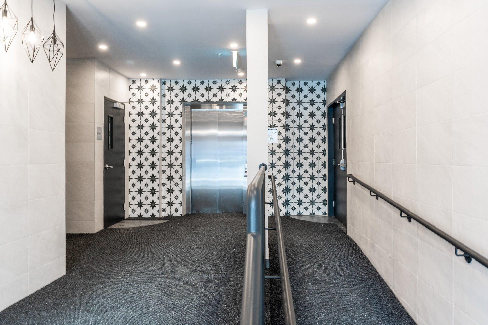 image 18 - Apartment For rent Rosemont/La Petite-Patrie Montréal  - 7 rooms