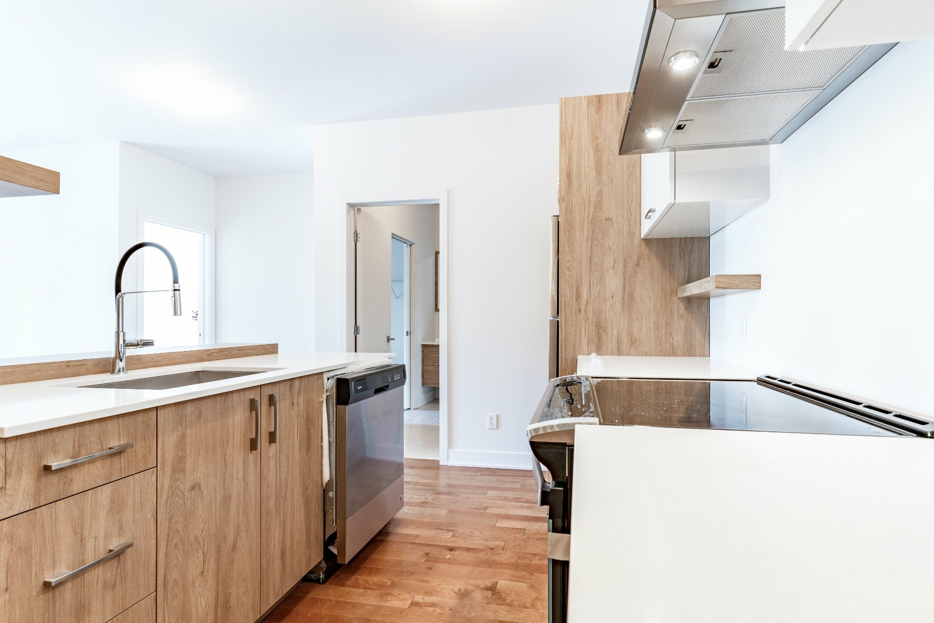 image 3 - Apartment For rent Rosemont/La Petite-Patrie Montréal  - 7 rooms
