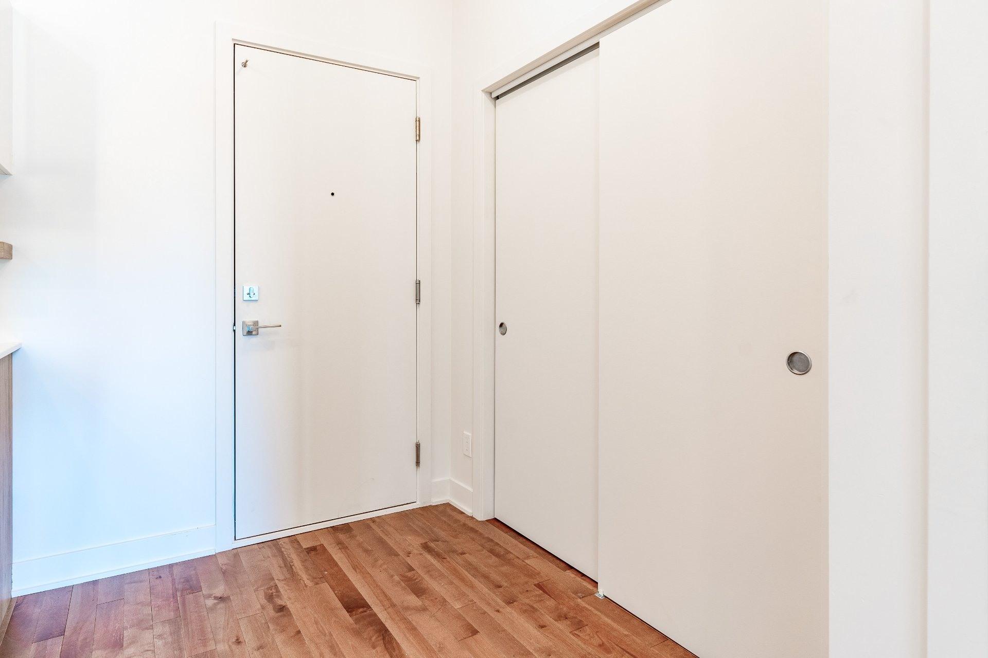 image 8 - Apartment For rent Rosemont/La Petite-Patrie Montréal  - 7 rooms