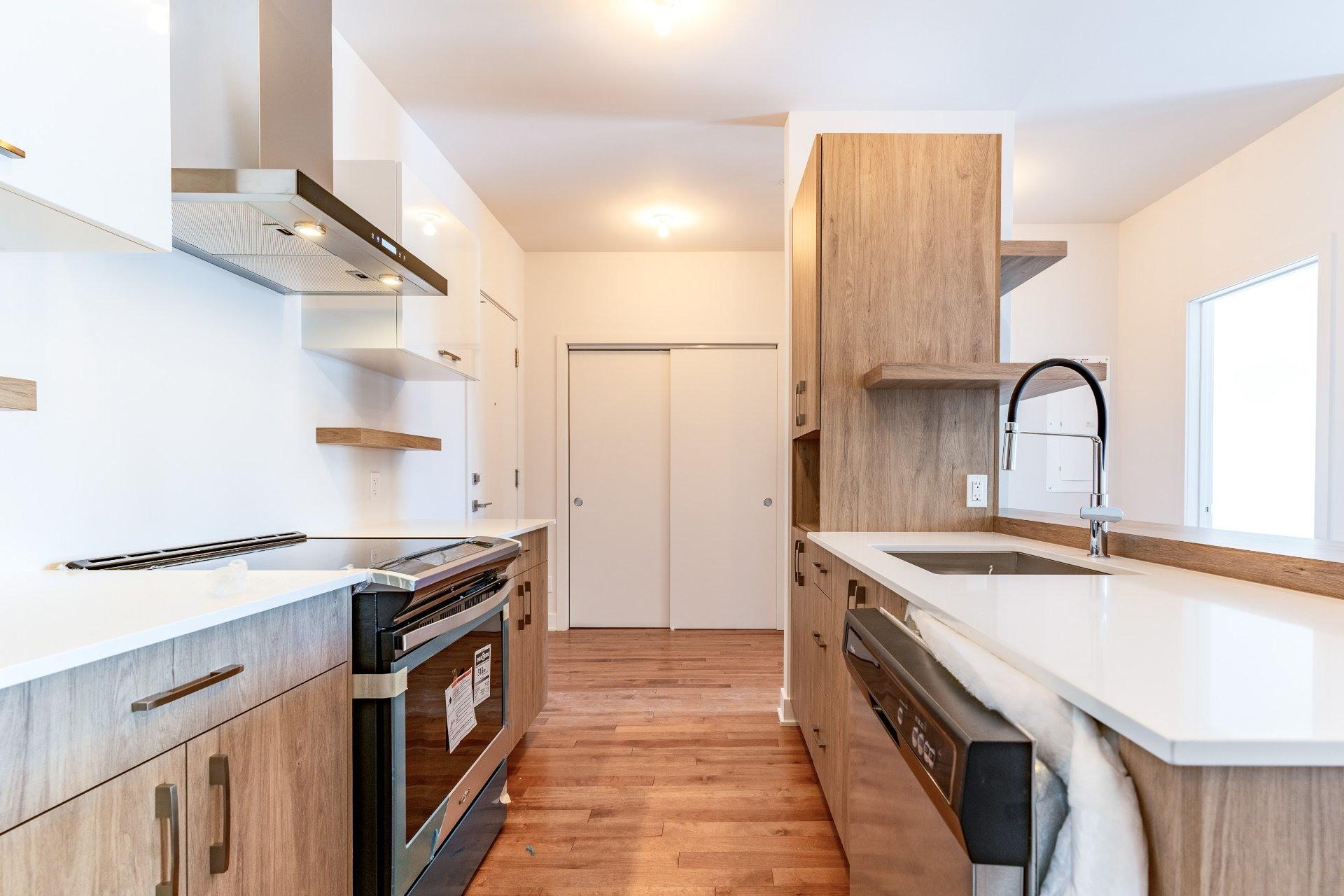 image 1 - Apartment For rent Rosemont/La Petite-Patrie Montréal  - 7 rooms