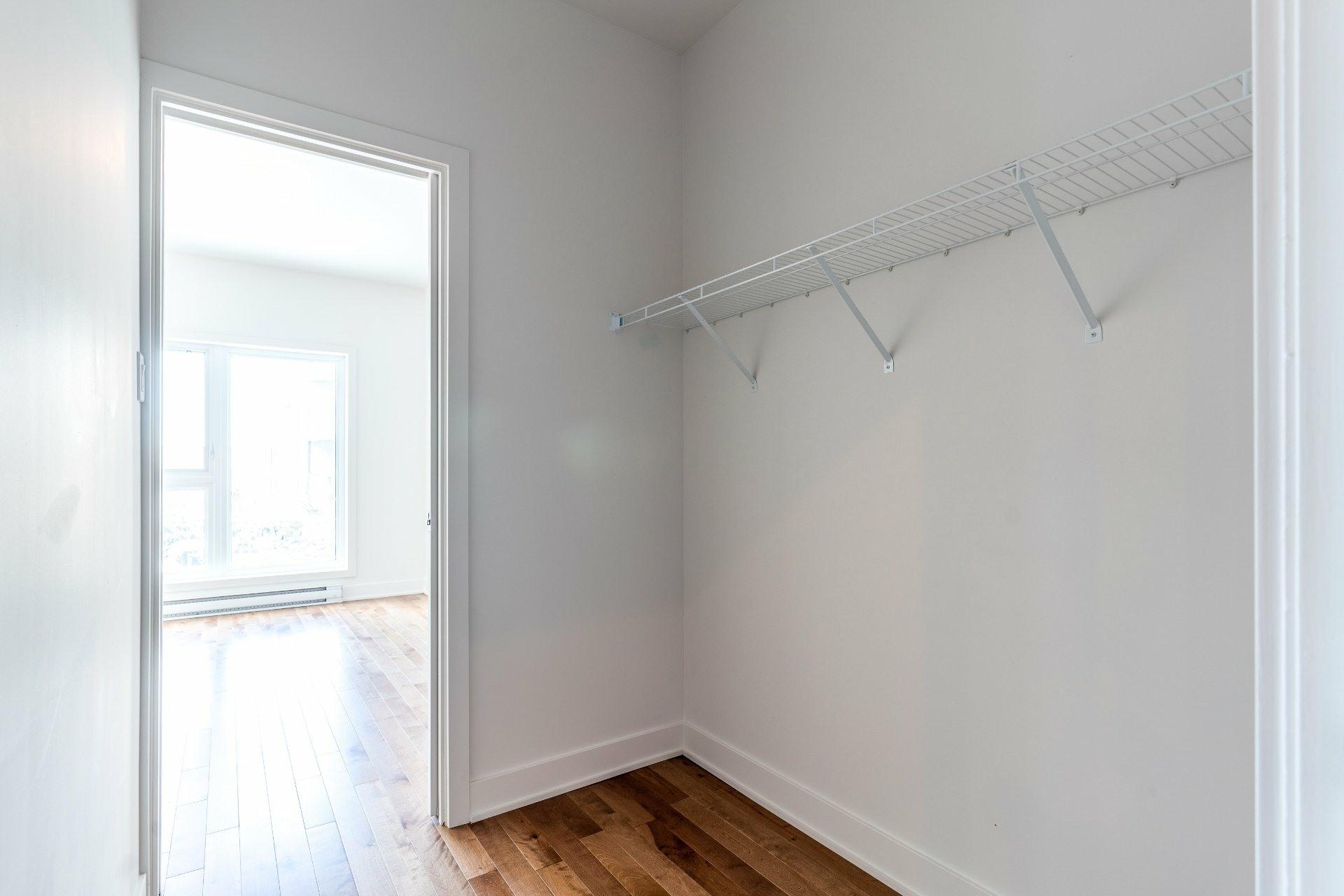 image 12 - Apartment For rent Rosemont/La Petite-Patrie Montréal  - 7 rooms
