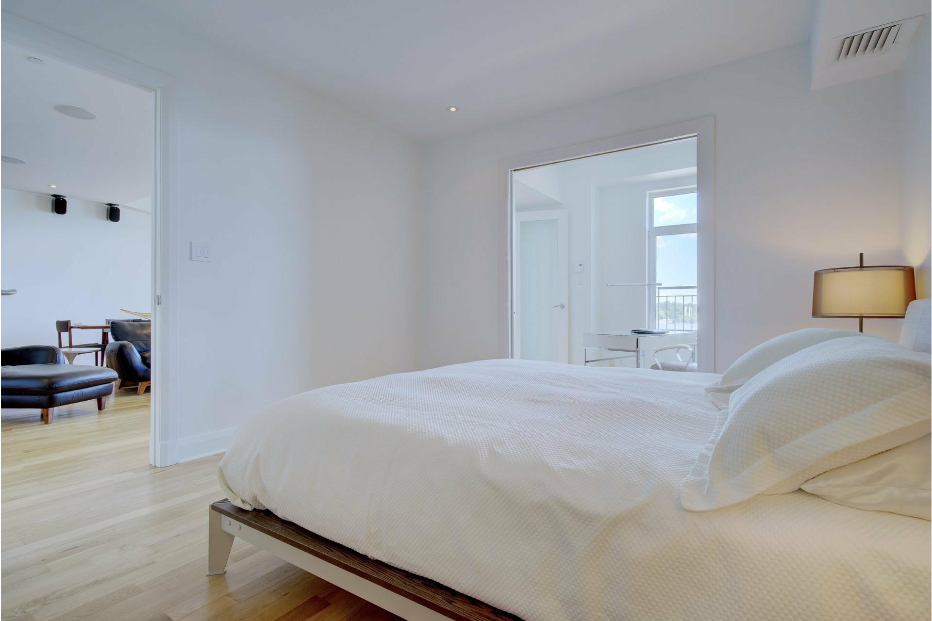 image 17 - Apartment For sale Ville-Marie Montréal  - 6 rooms