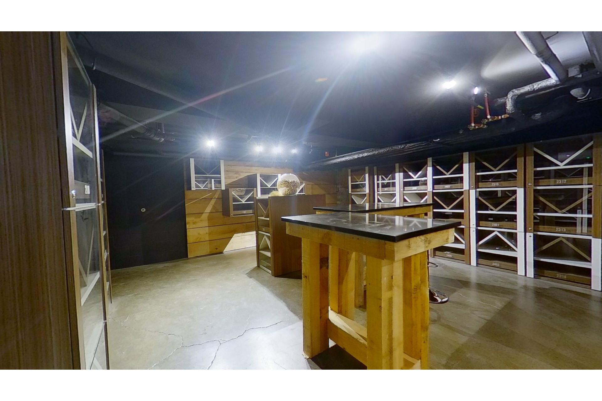 image 28 - Apartment For sale Ville-Marie Montréal  - 5 rooms