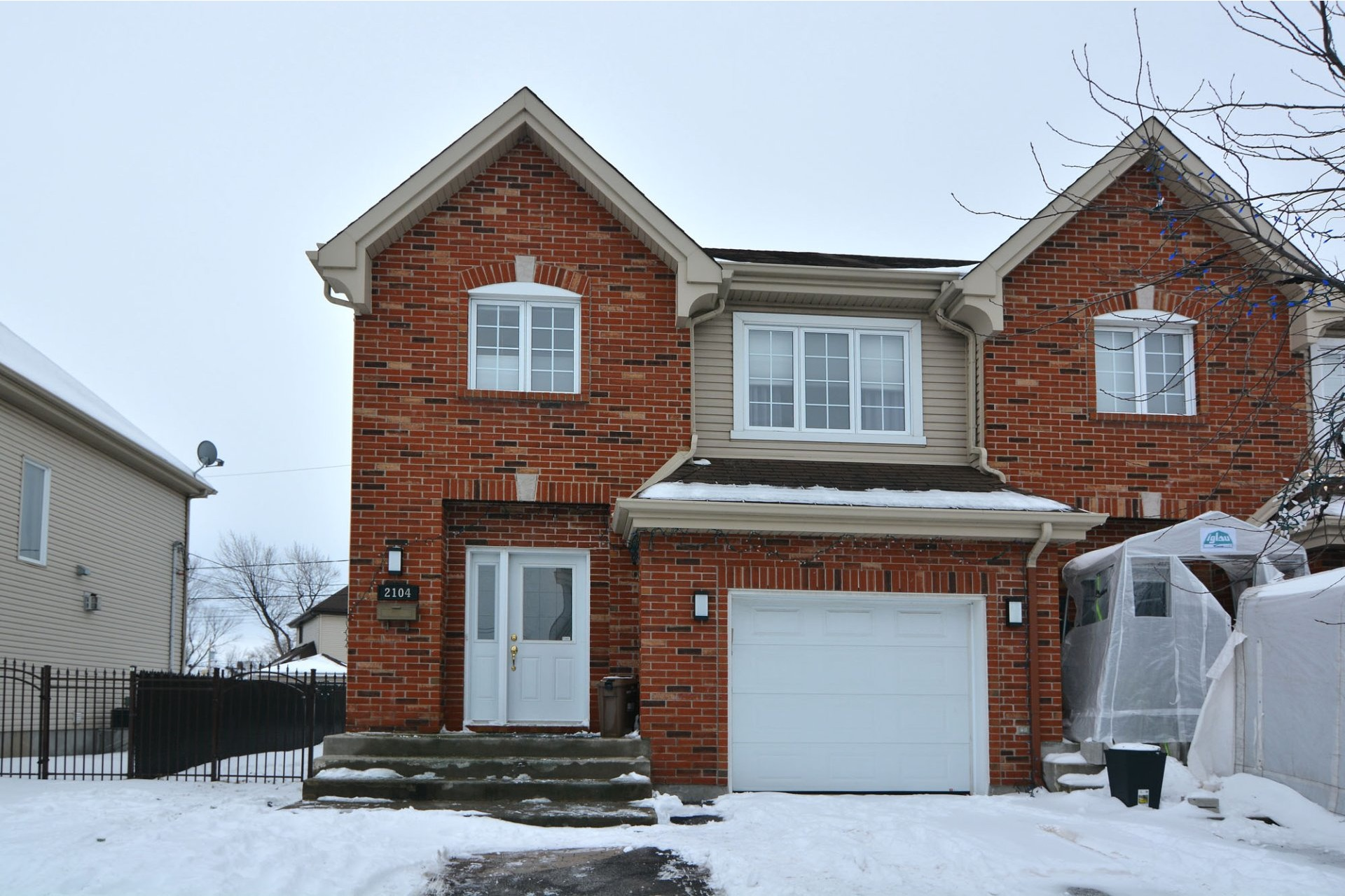 image 0 - House For sale Vaudreuil-Dorion - 13 rooms