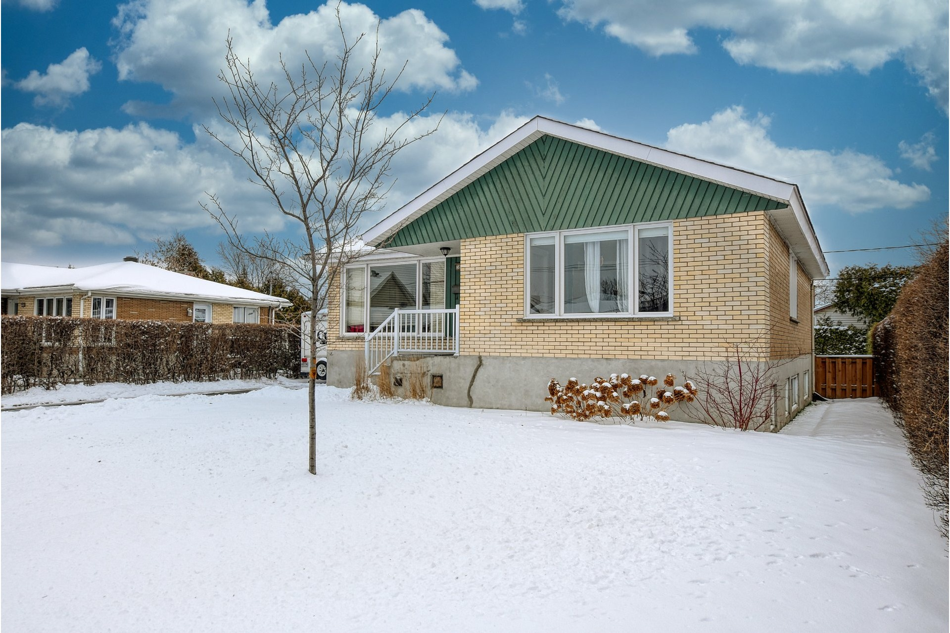 image 30 - House For sale Fabreville Laval  - 11 rooms