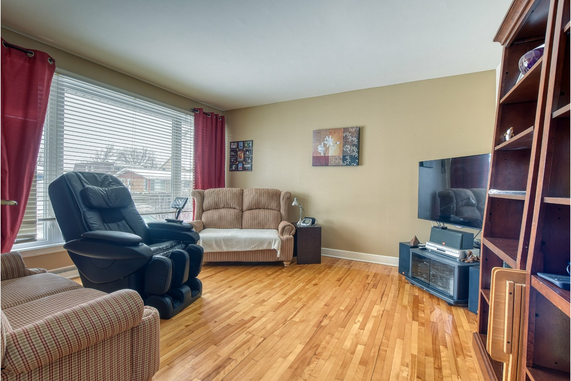 image 5 - House For sale Fabreville Laval  - 11 rooms
