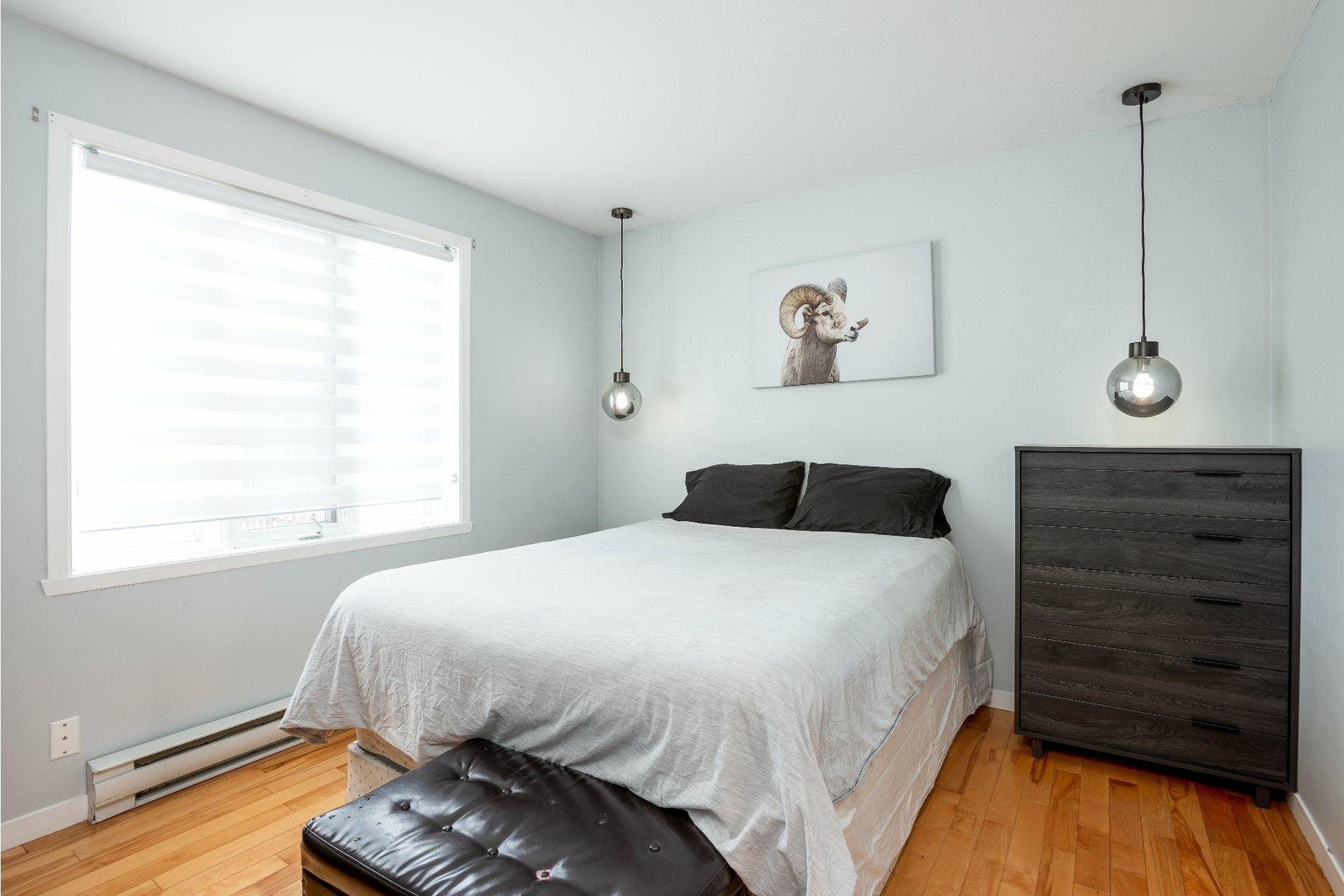 image 12 - House For sale La Haute-Saint-Charles Québec  - 9 rooms
