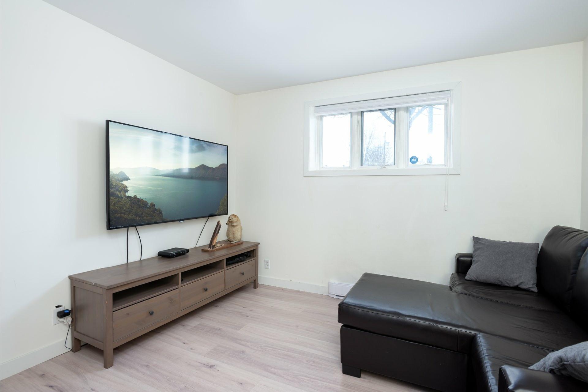 image 17 - House For sale La Haute-Saint-Charles Québec  - 9 rooms
