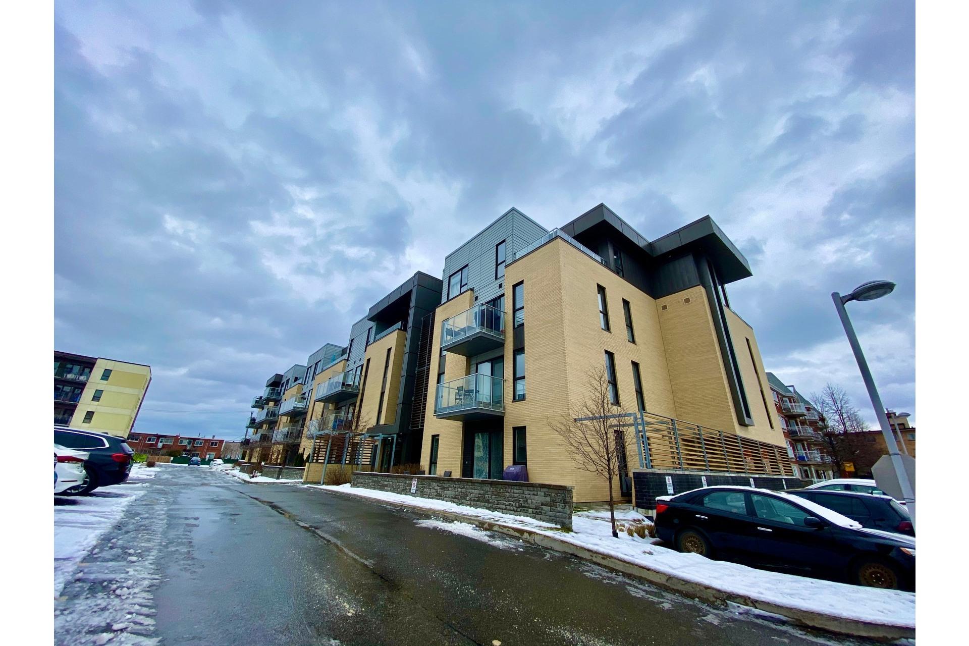 image 0 - Appartement À vendre Lachine Montréal  - 8 pièces