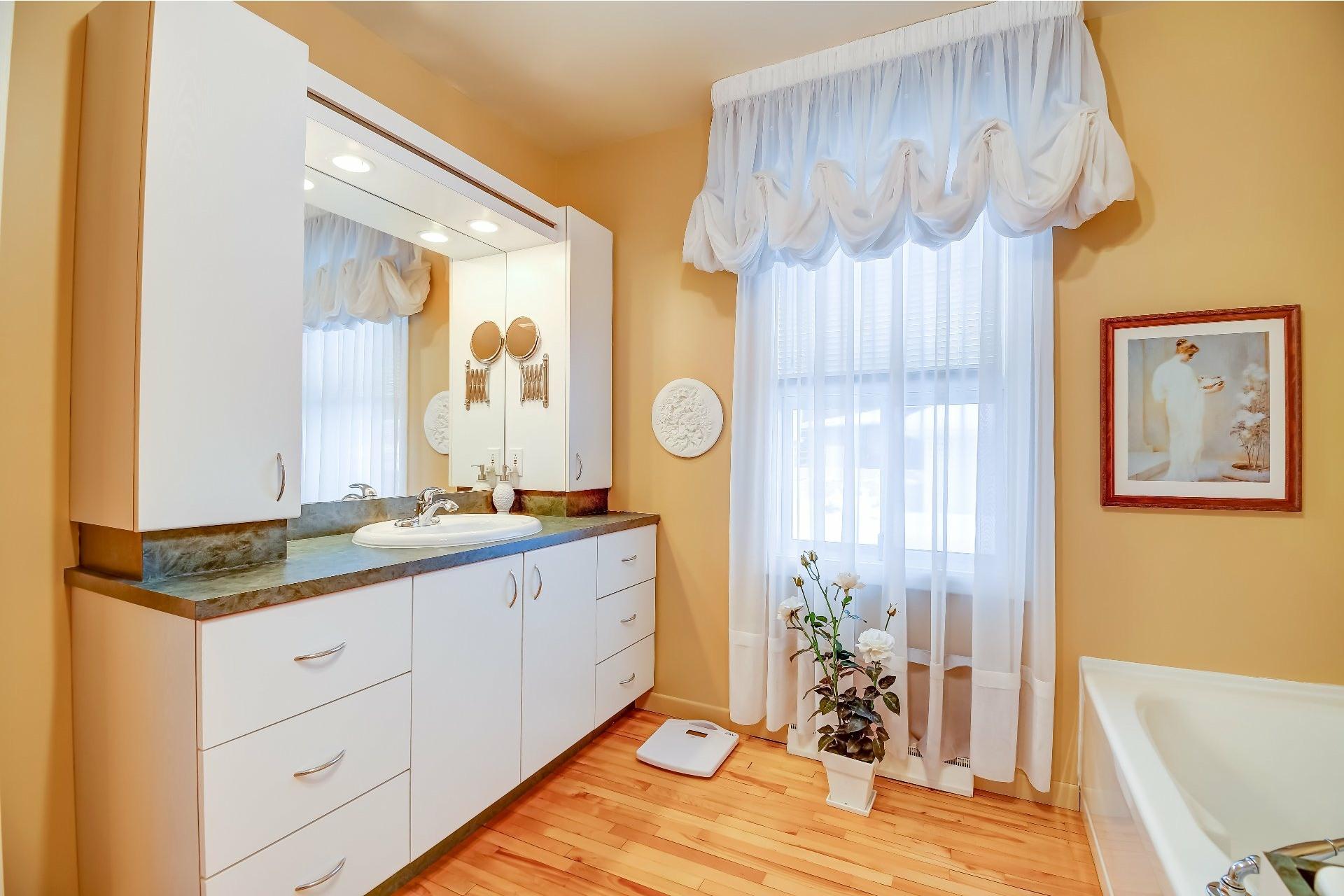image 15 - Maison À vendre Trois-Rivières - 7 pièces
