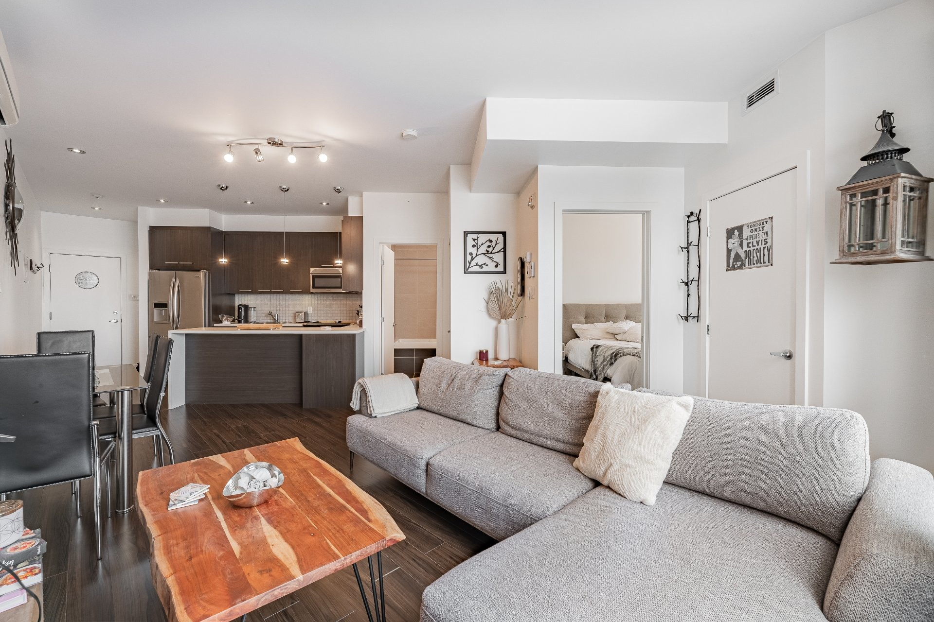 image 0 - Apartment For sale Mercier/Hochelaga-Maisonneuve Montréal  - 5 rooms
