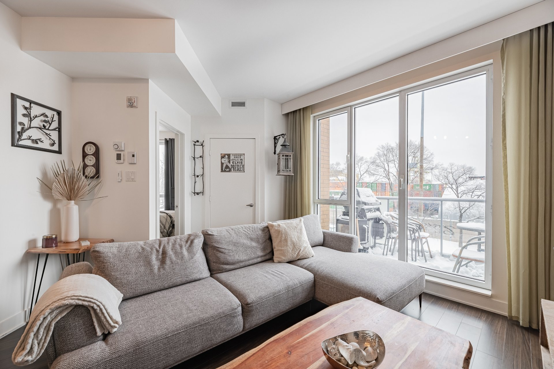image 1 - Apartment For sale Mercier/Hochelaga-Maisonneuve Montréal  - 5 rooms