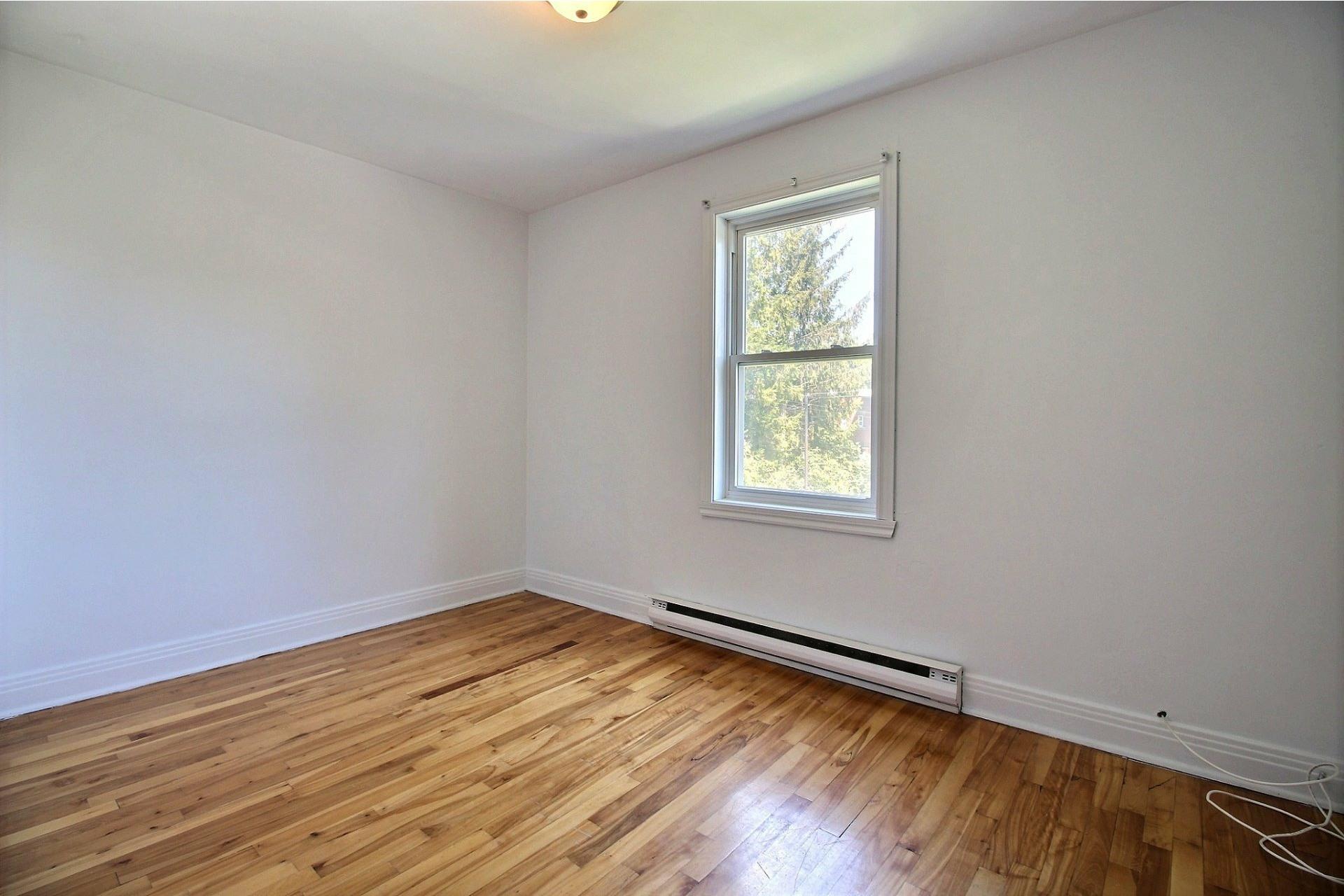 image 8 - Apartment For rent Rosemont/La Petite-Patrie Montréal  - 5 rooms
