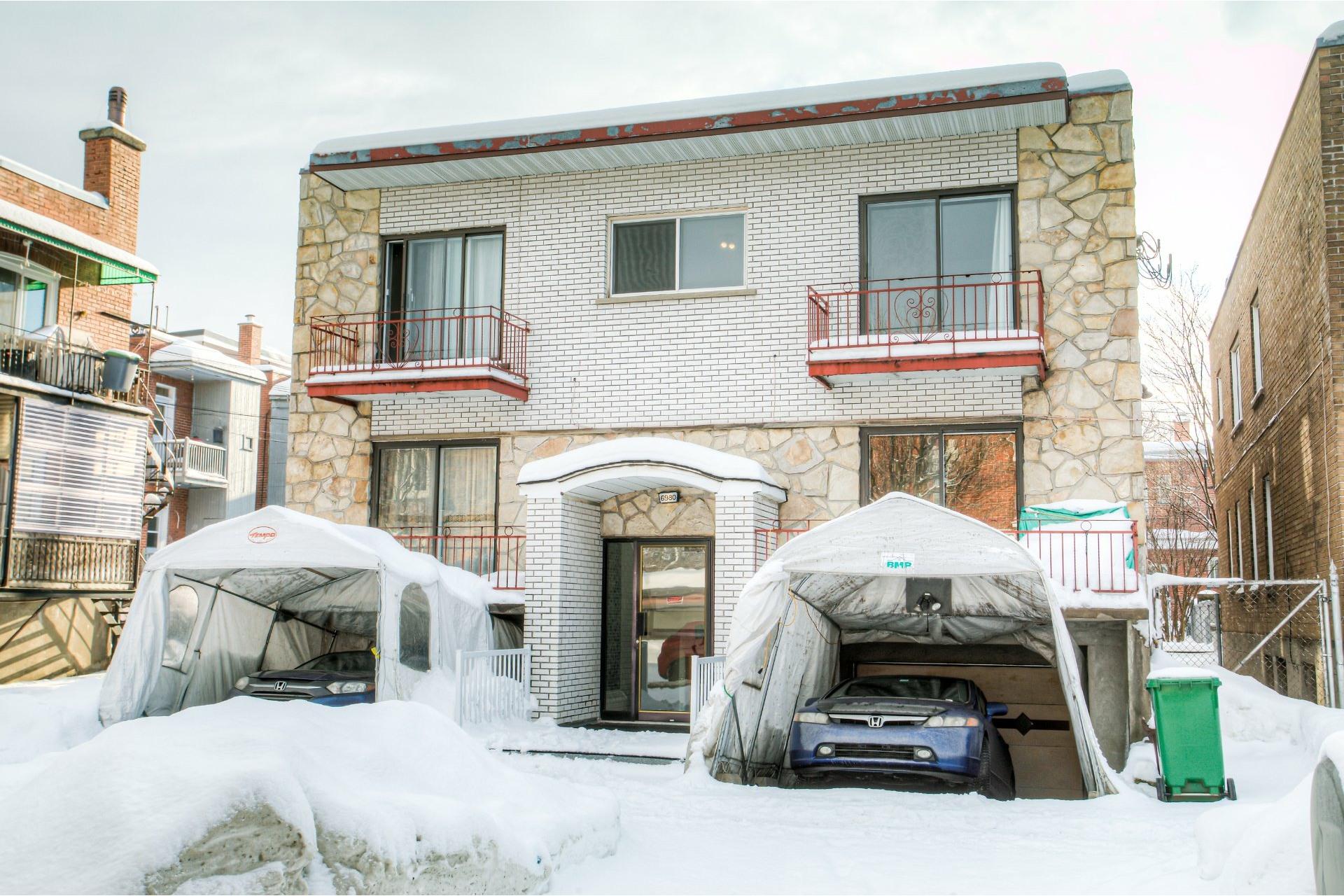 image 0 - Income property For sale Rosemont/La Petite-Patrie Montréal  - 4 rooms