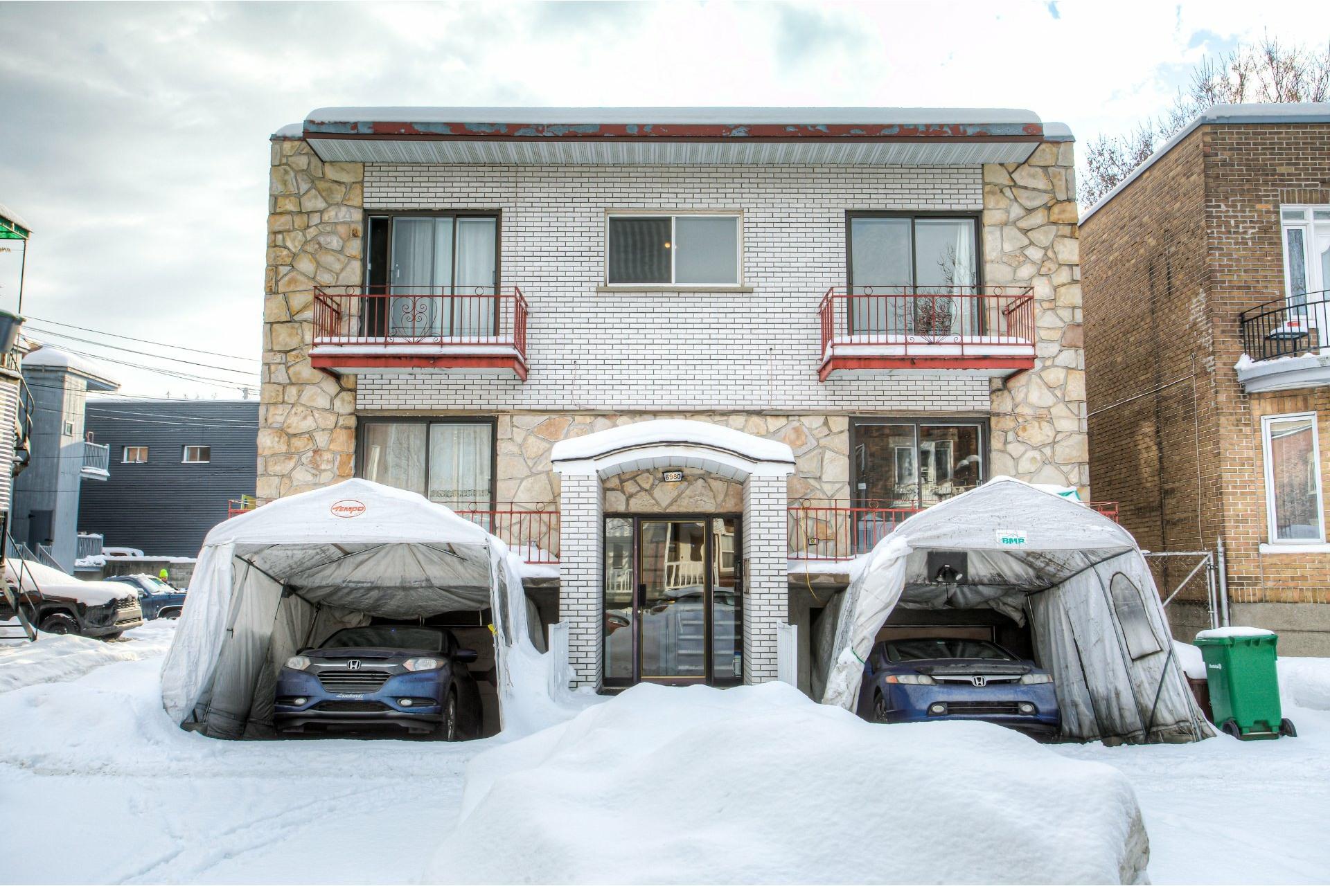 image 1 - Income property For sale Rosemont/La Petite-Patrie Montréal  - 4 rooms