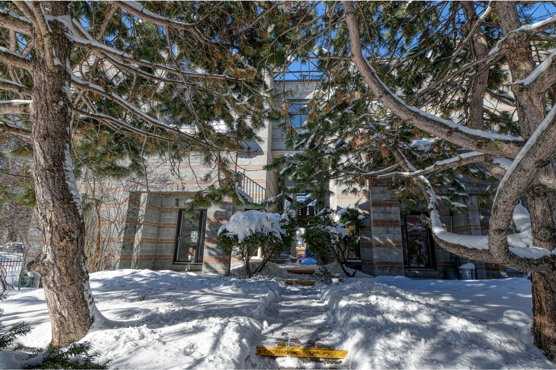 image 0 - Apartment For rent Le Sud-Ouest Montréal  - 6 rooms