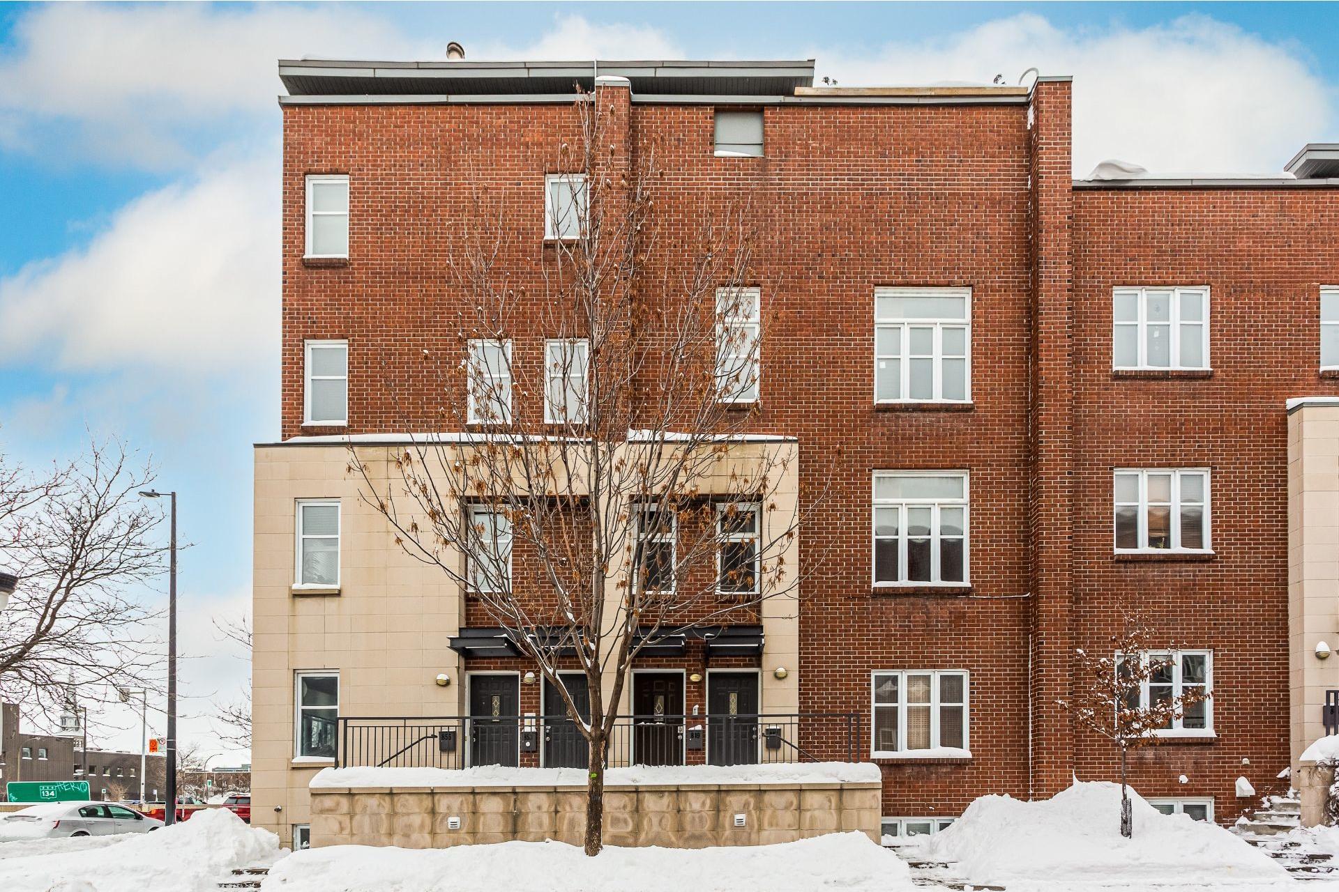 image 21 - Apartment For rent Ville-Marie Montréal  - 6 rooms