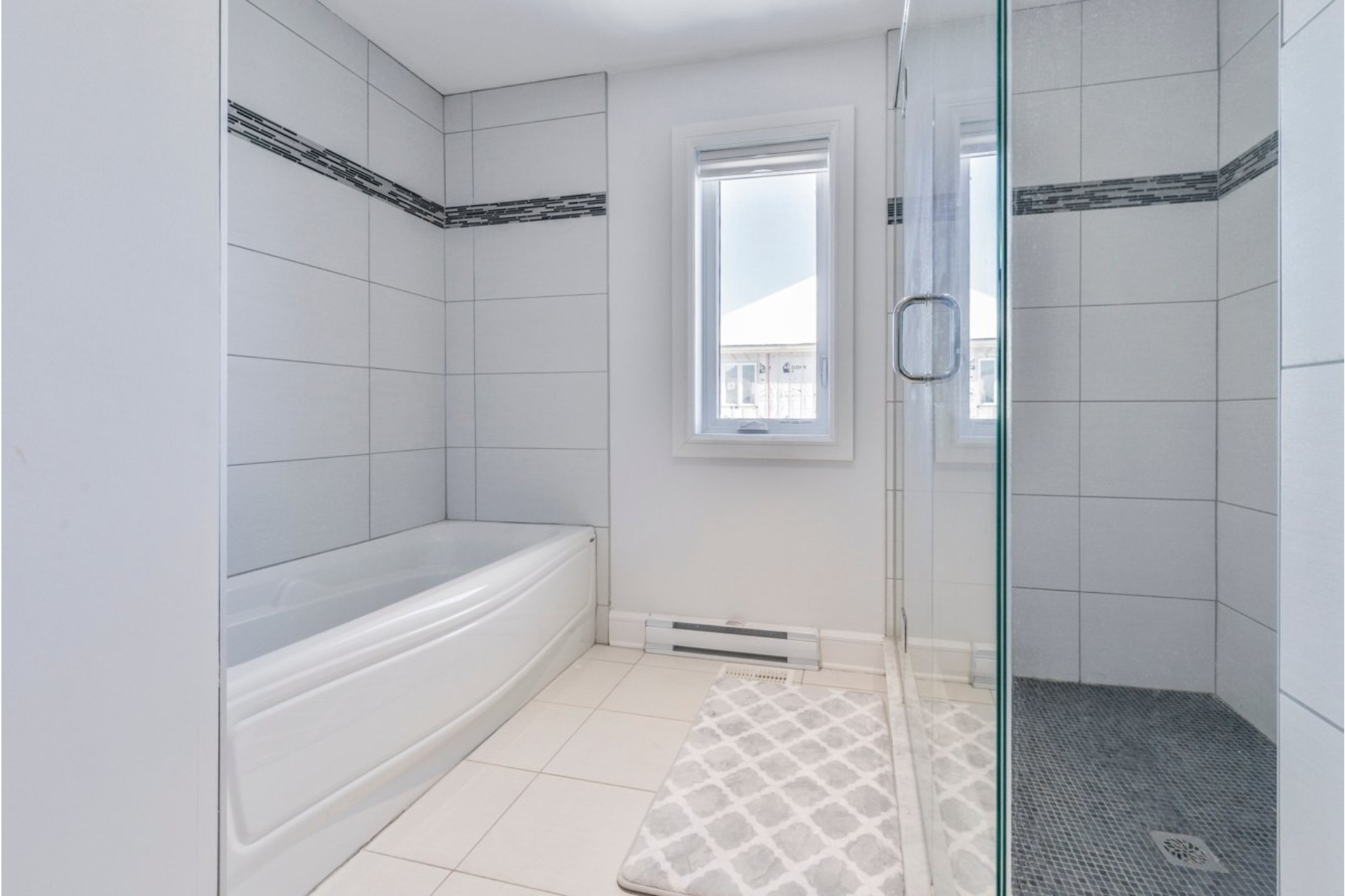 image 20 - House For sale Brossard - 19 rooms