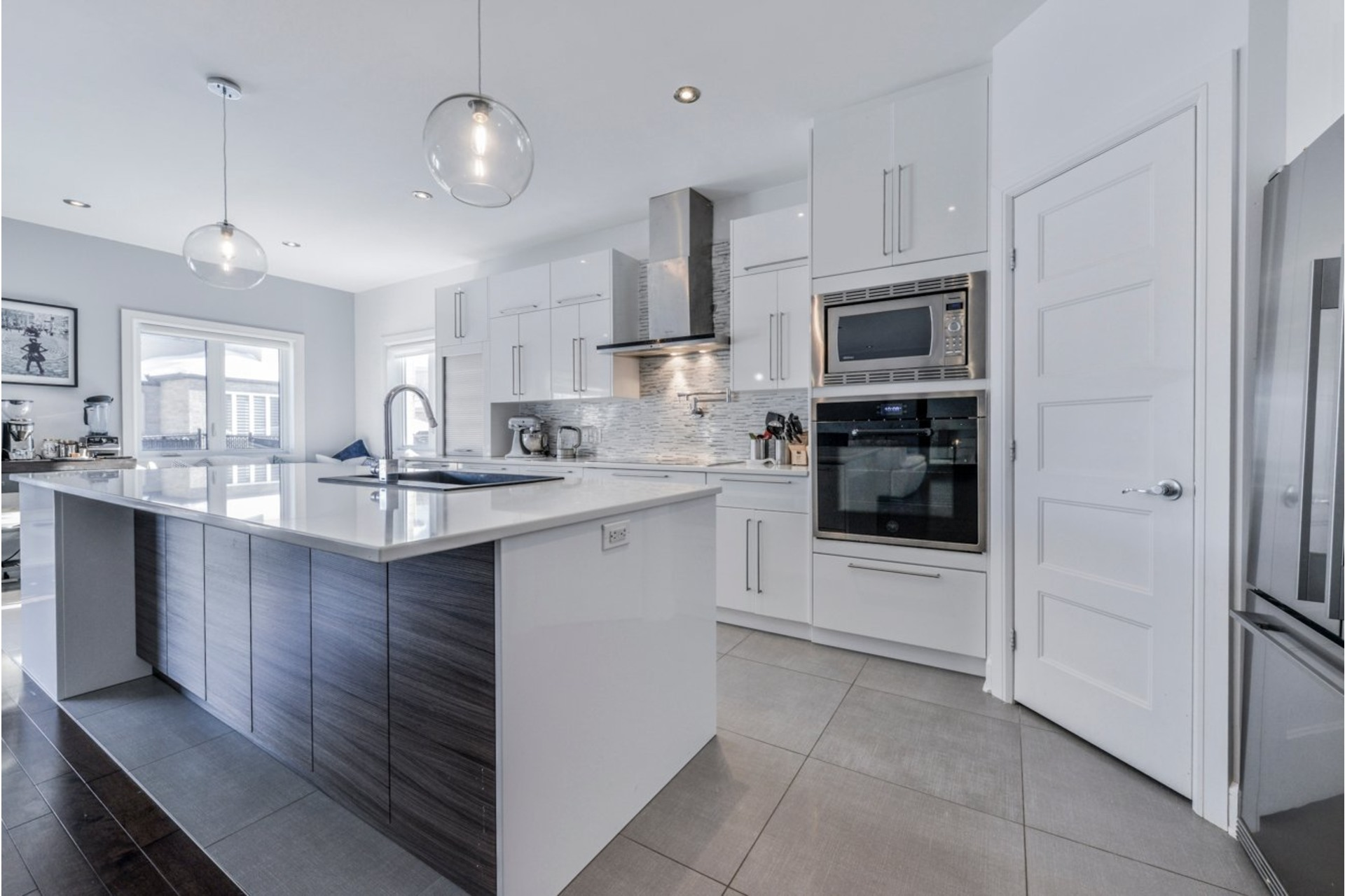 image 10 - House For sale Brossard - 19 rooms