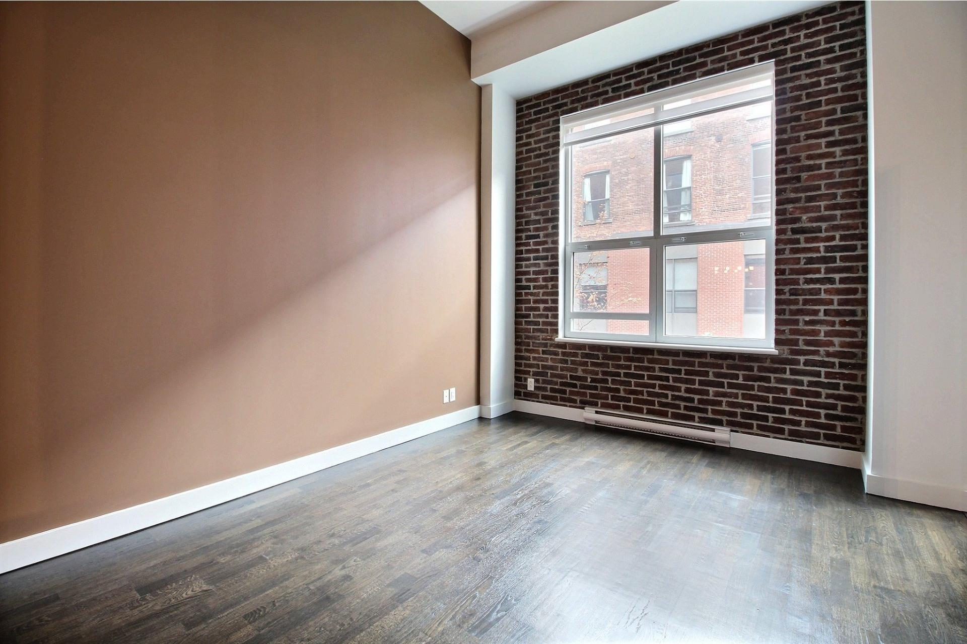 image 8 - Apartment For rent Mercier/Hochelaga-Maisonneuve Montréal  - 6 rooms