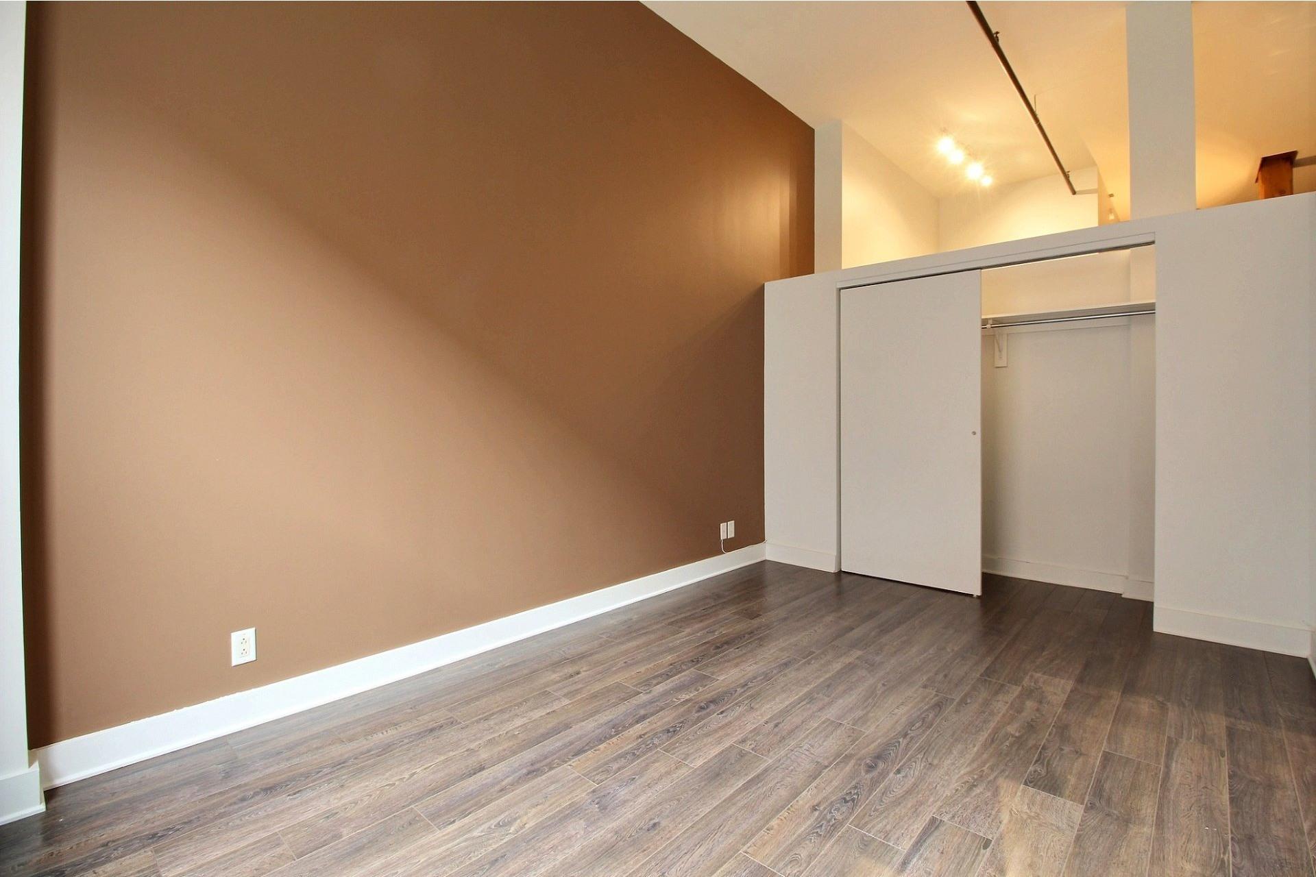 image 18 - Apartment For rent Mercier/Hochelaga-Maisonneuve Montréal  - 6 rooms