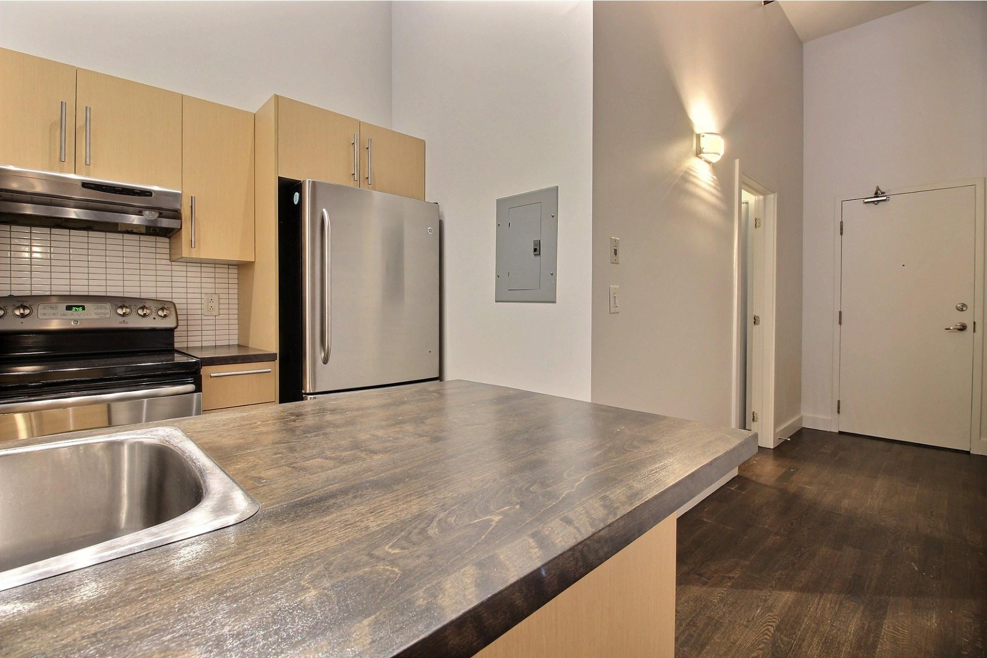 image 15 - Apartment For rent Mercier/Hochelaga-Maisonneuve Montréal  - 6 rooms