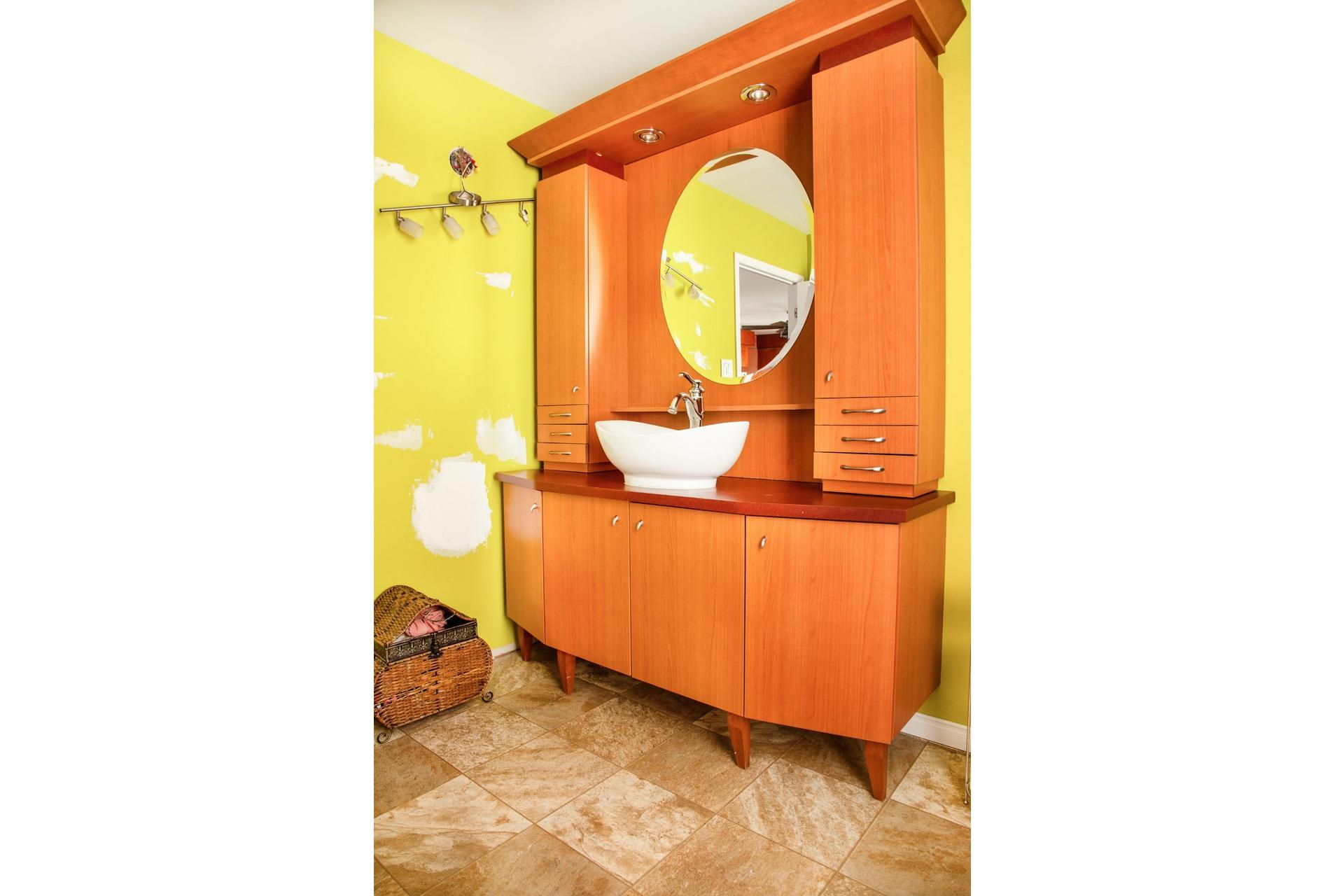 image 14 - Maison À vendre Manseau - 9 pièces