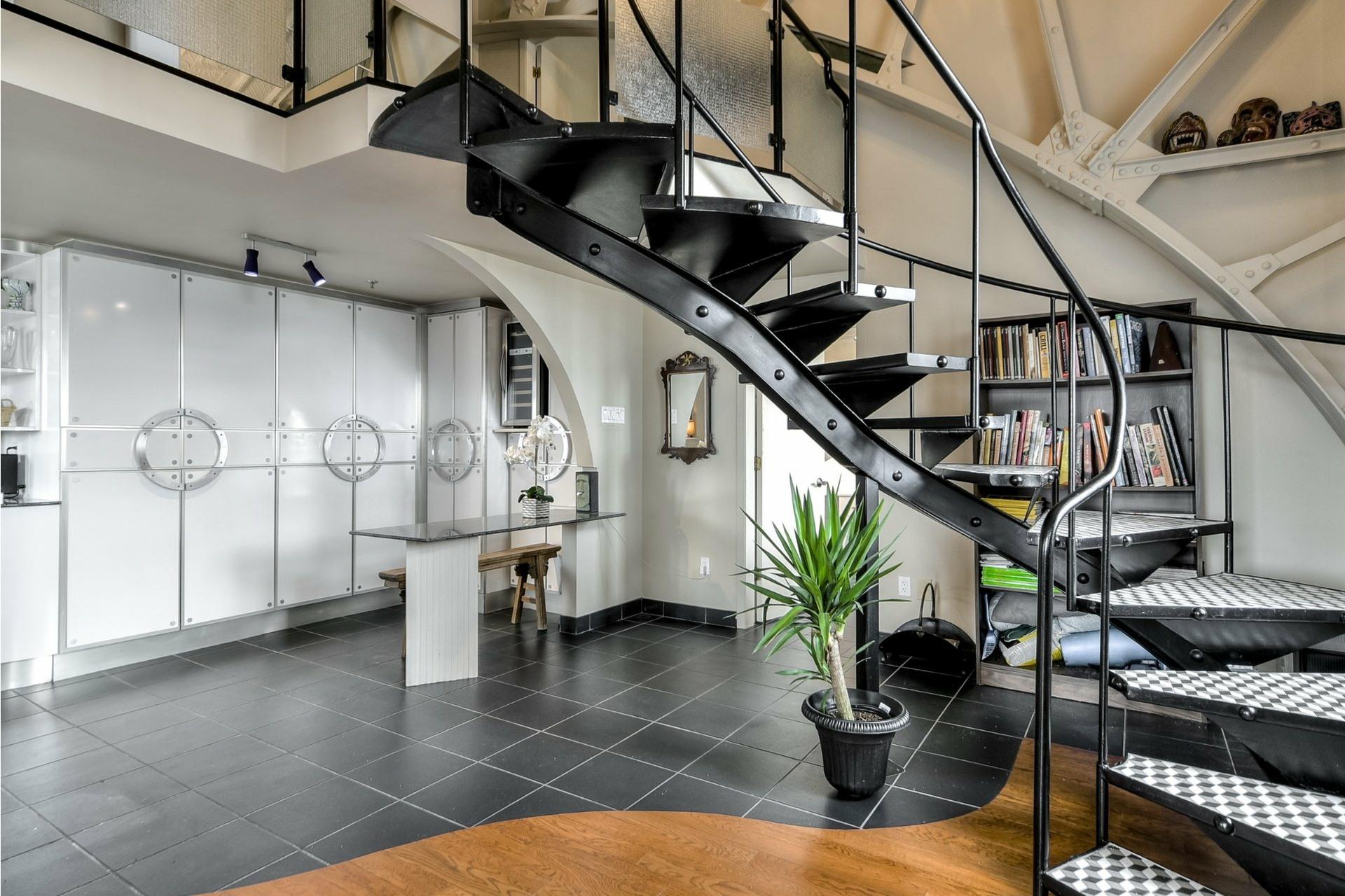 image 14 - Appartement À vendre Ville-Marie Montréal  - 10 pièces