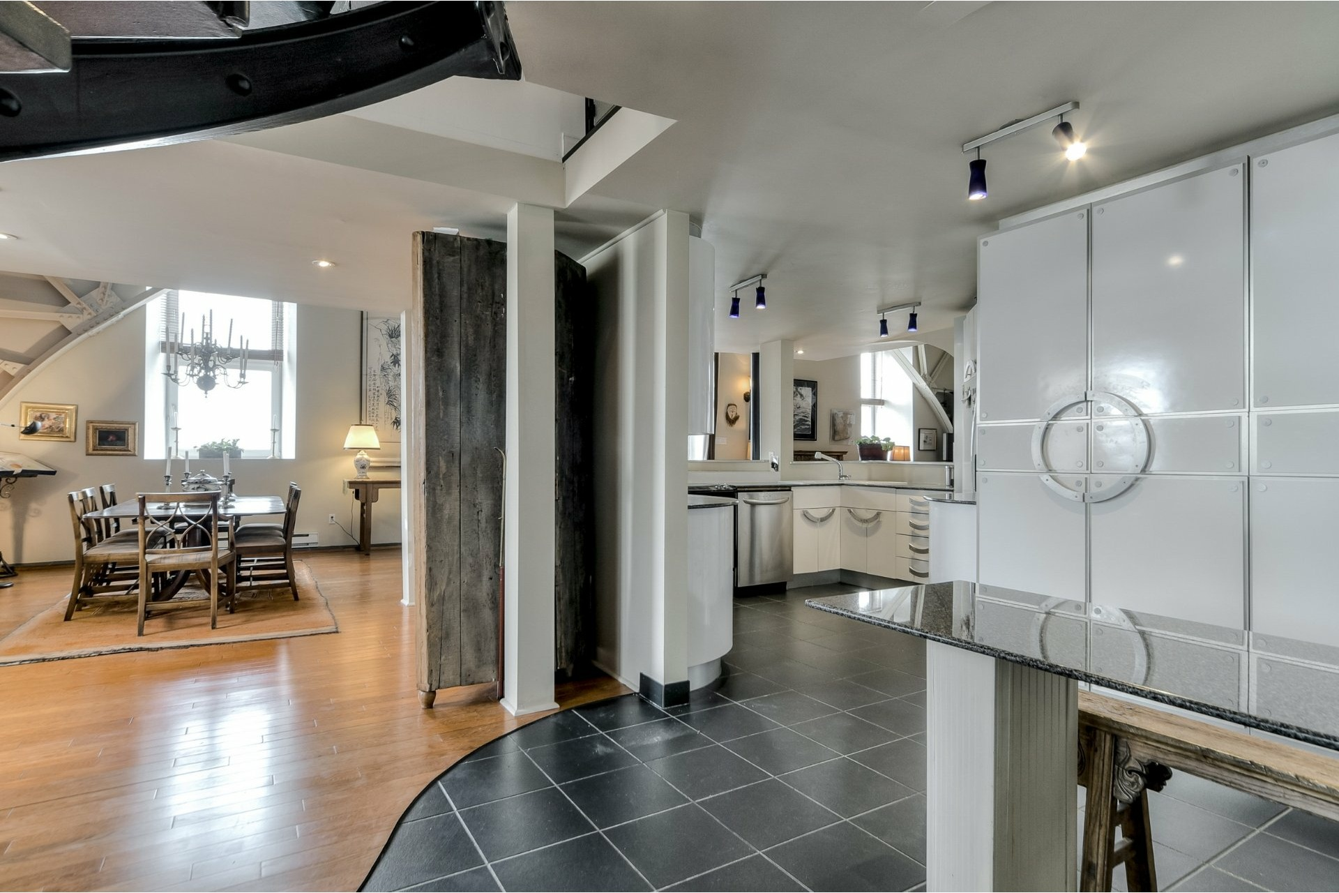 image 15 - Appartement À vendre Ville-Marie Montréal  - 10 pièces