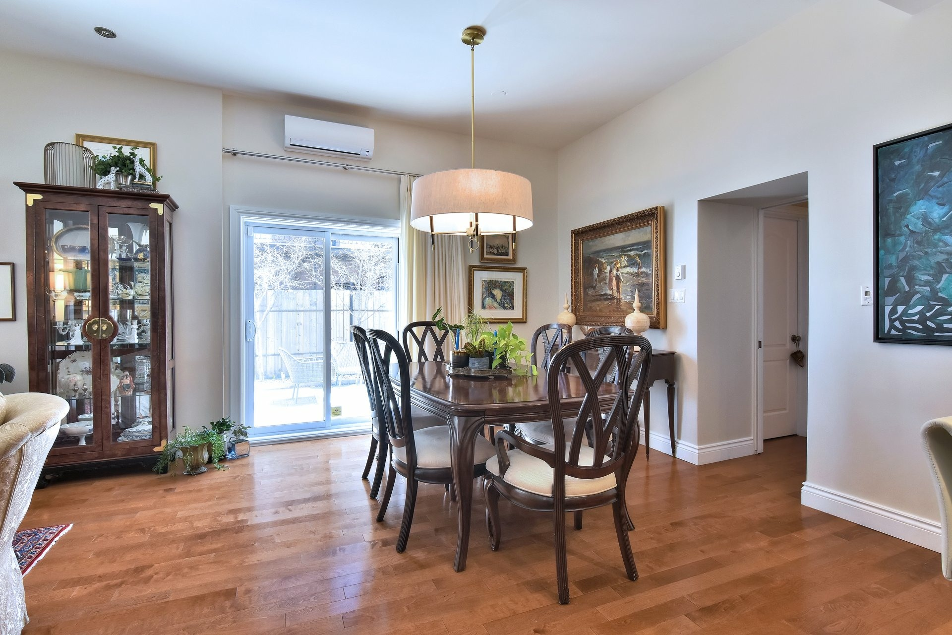 image 2 - 公寓 出售 Côte-des-Neiges/Notre-Dame-de-Grâce Montréal  - 5 室