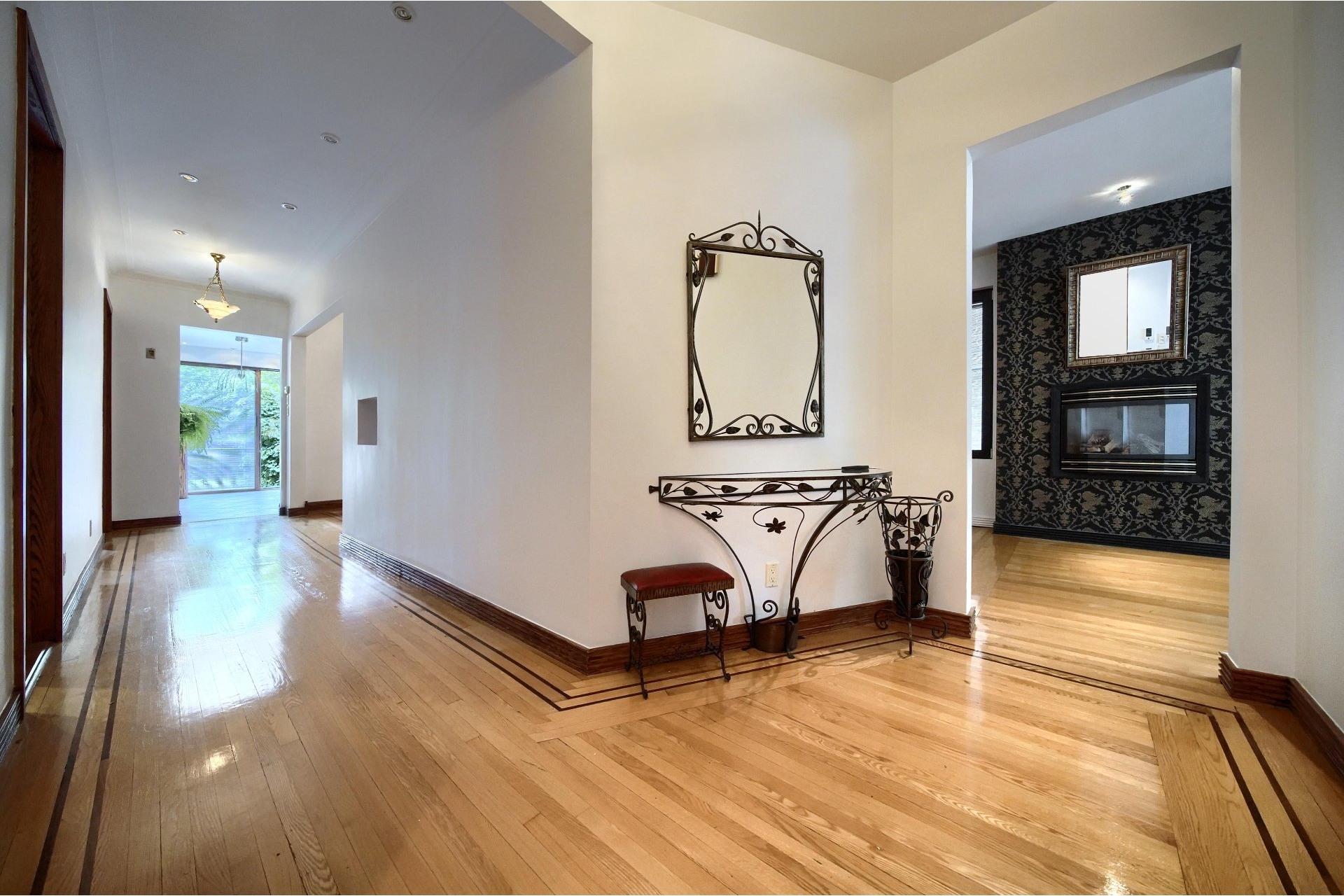 image 25 - Apartment For rent Ville-Marie Montréal  - 10 rooms