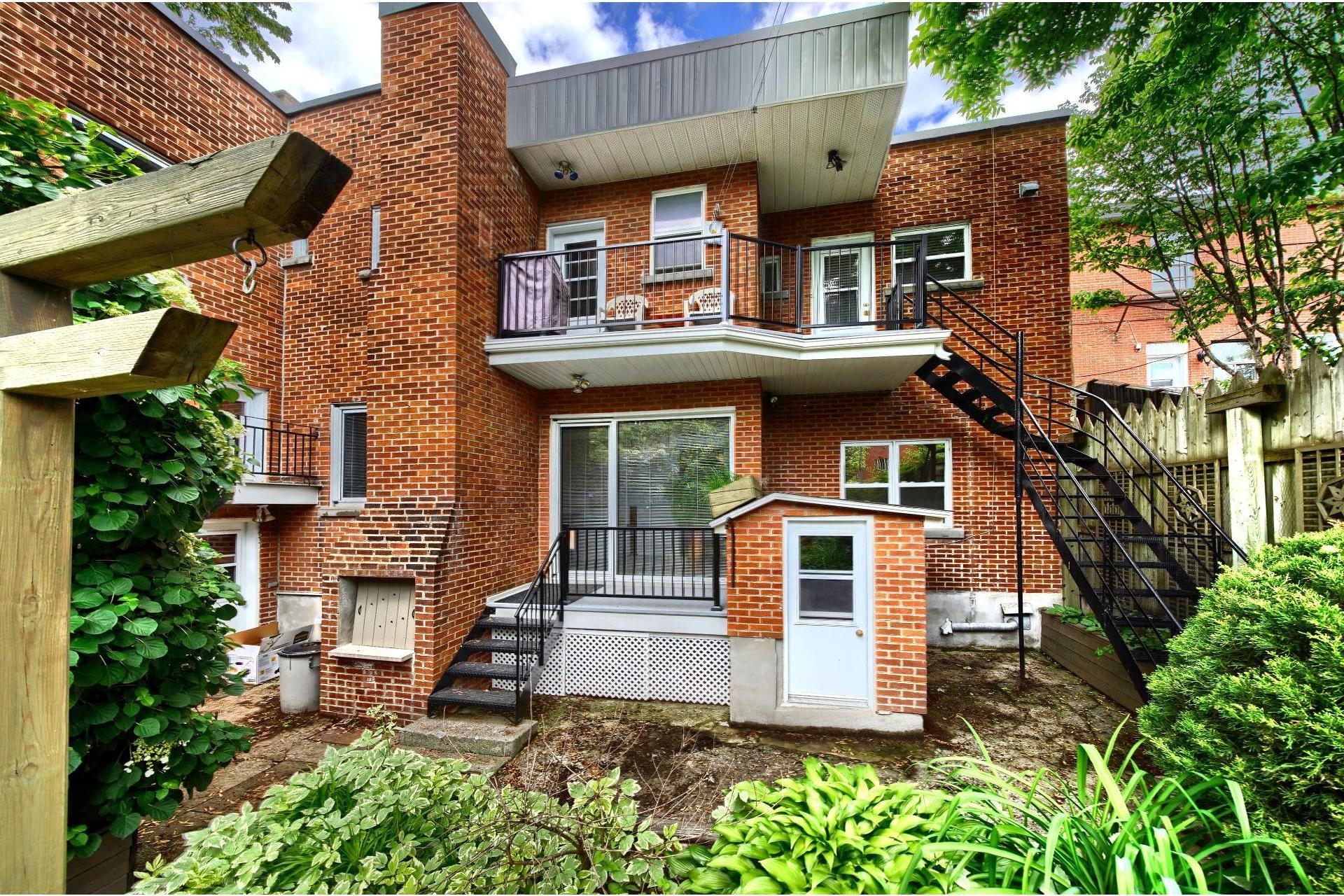 image 13 - Apartment For rent Ville-Marie Montréal  - 10 rooms