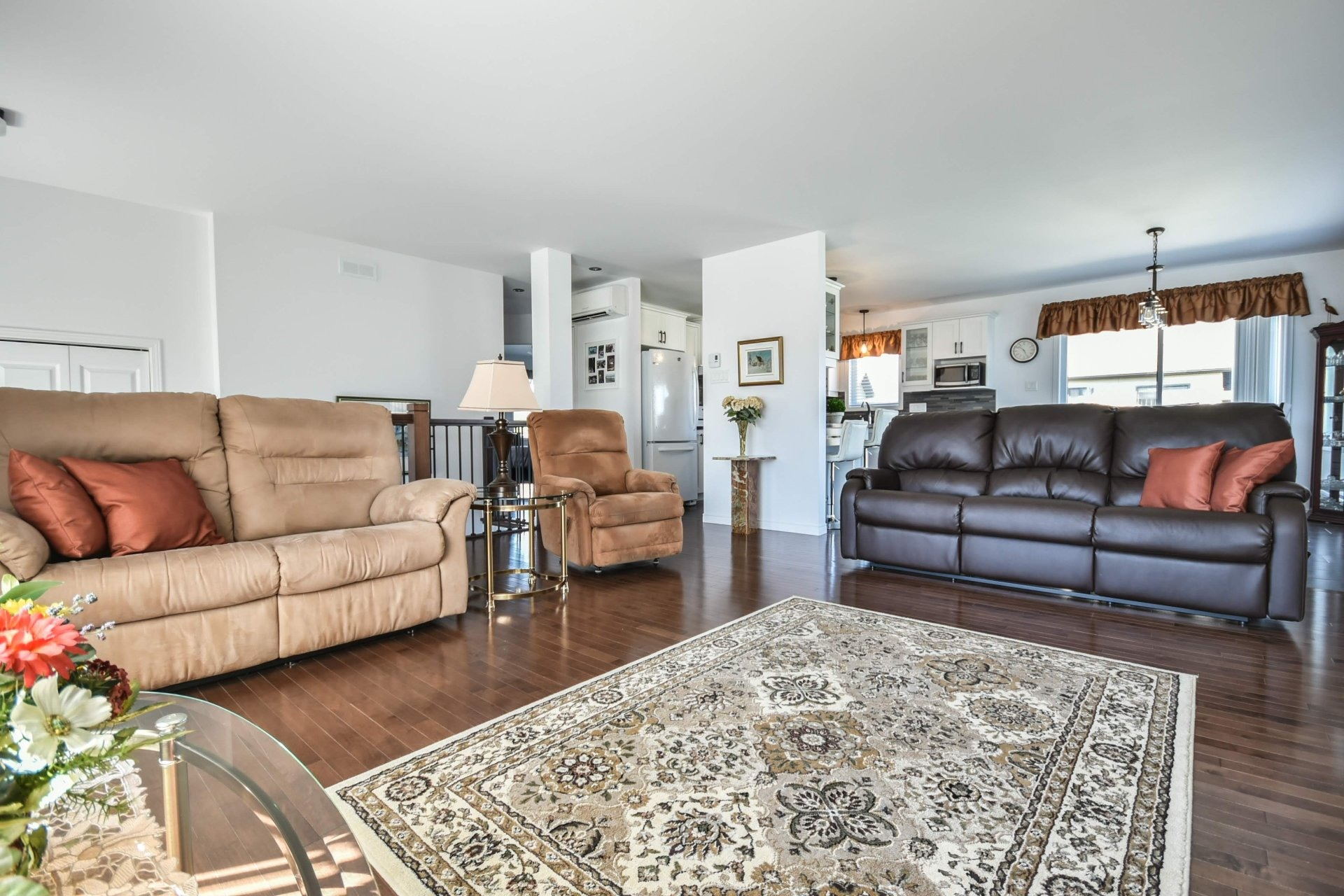 image 10 - House For sale Louiseville - 11 rooms