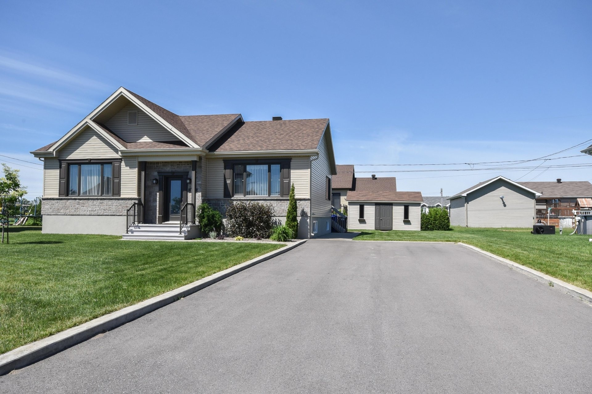 image 29 - House For sale Louiseville - 11 rooms
