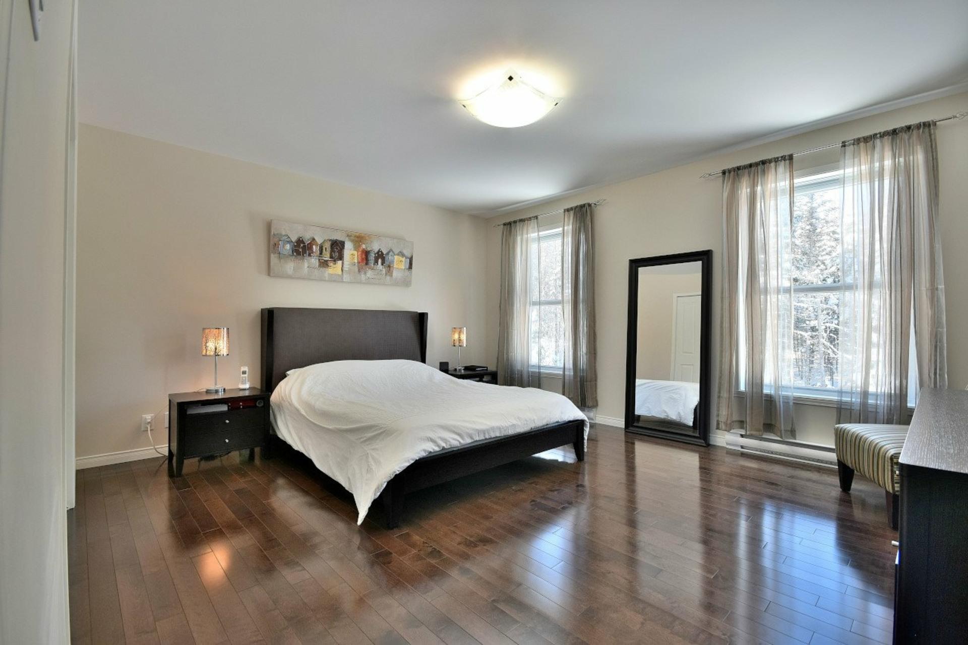 image 11 - Duplex For sale Sainte-Adèle - 8 rooms
