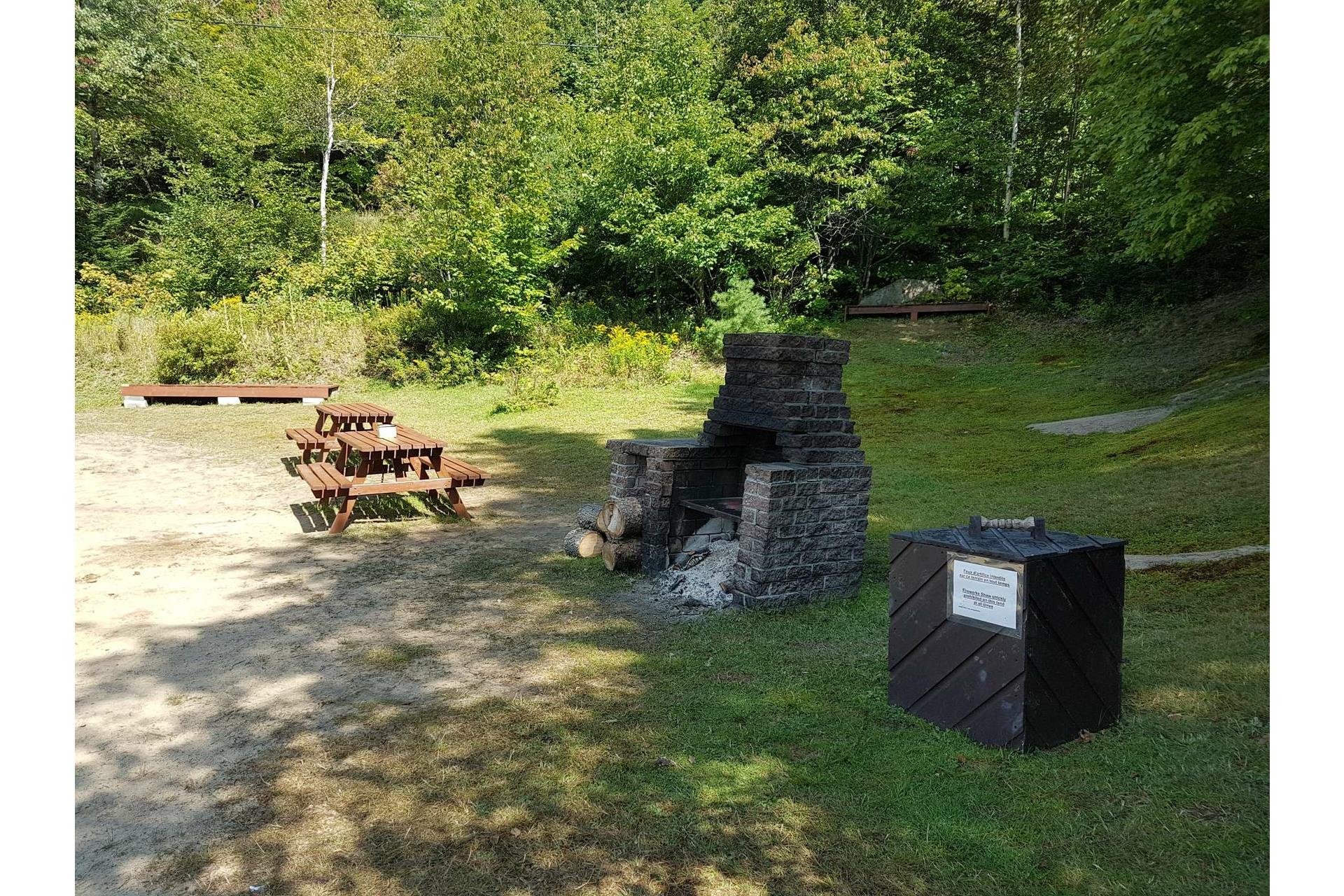 image 9 - Land For sale Lac-Supérieur