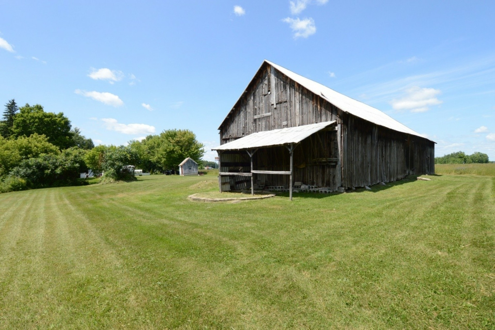 image 18 - Farmhouse For sale Rigaud - 8 rooms