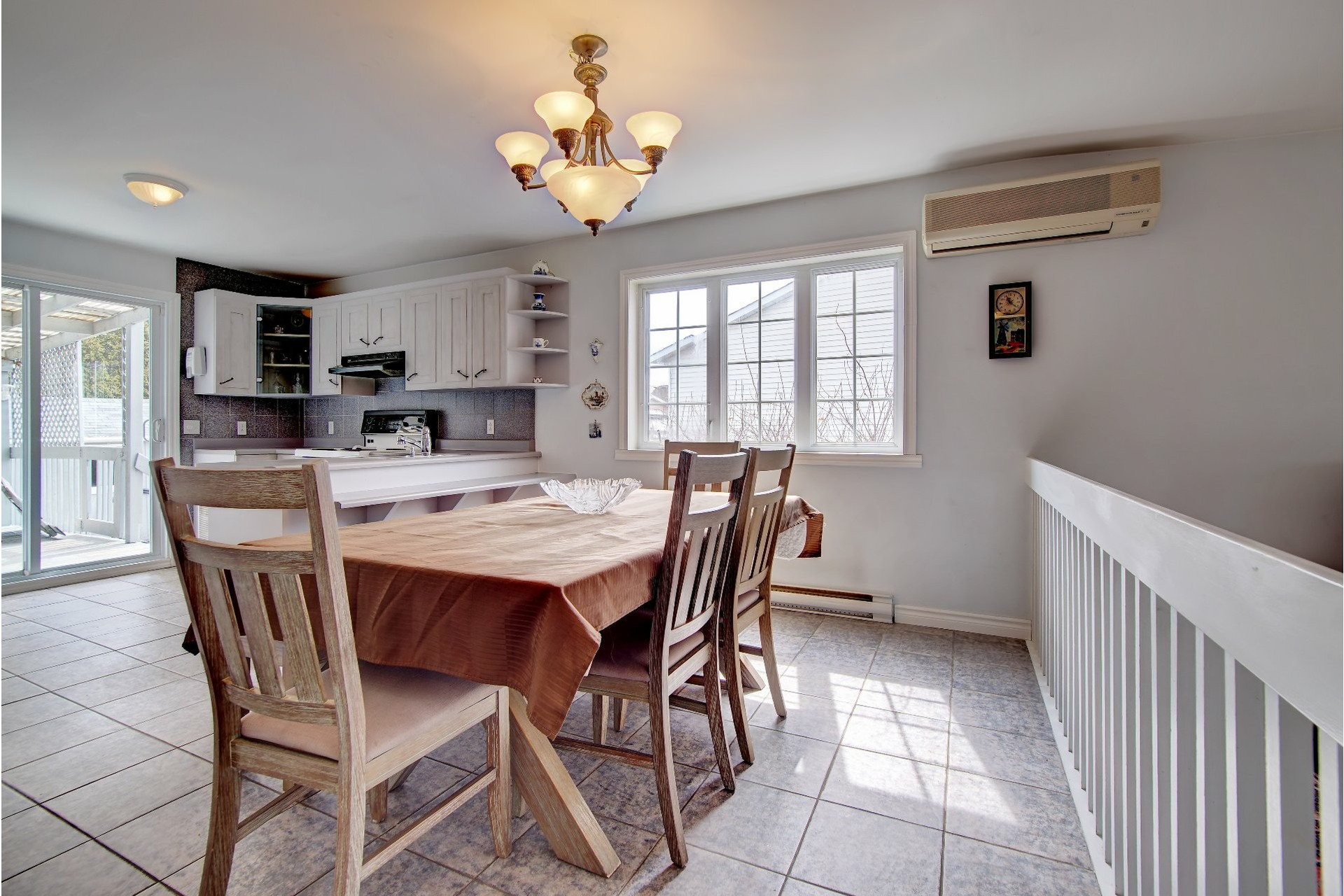 image 8 - House For sale Vaudreuil-Dorion - 11 rooms