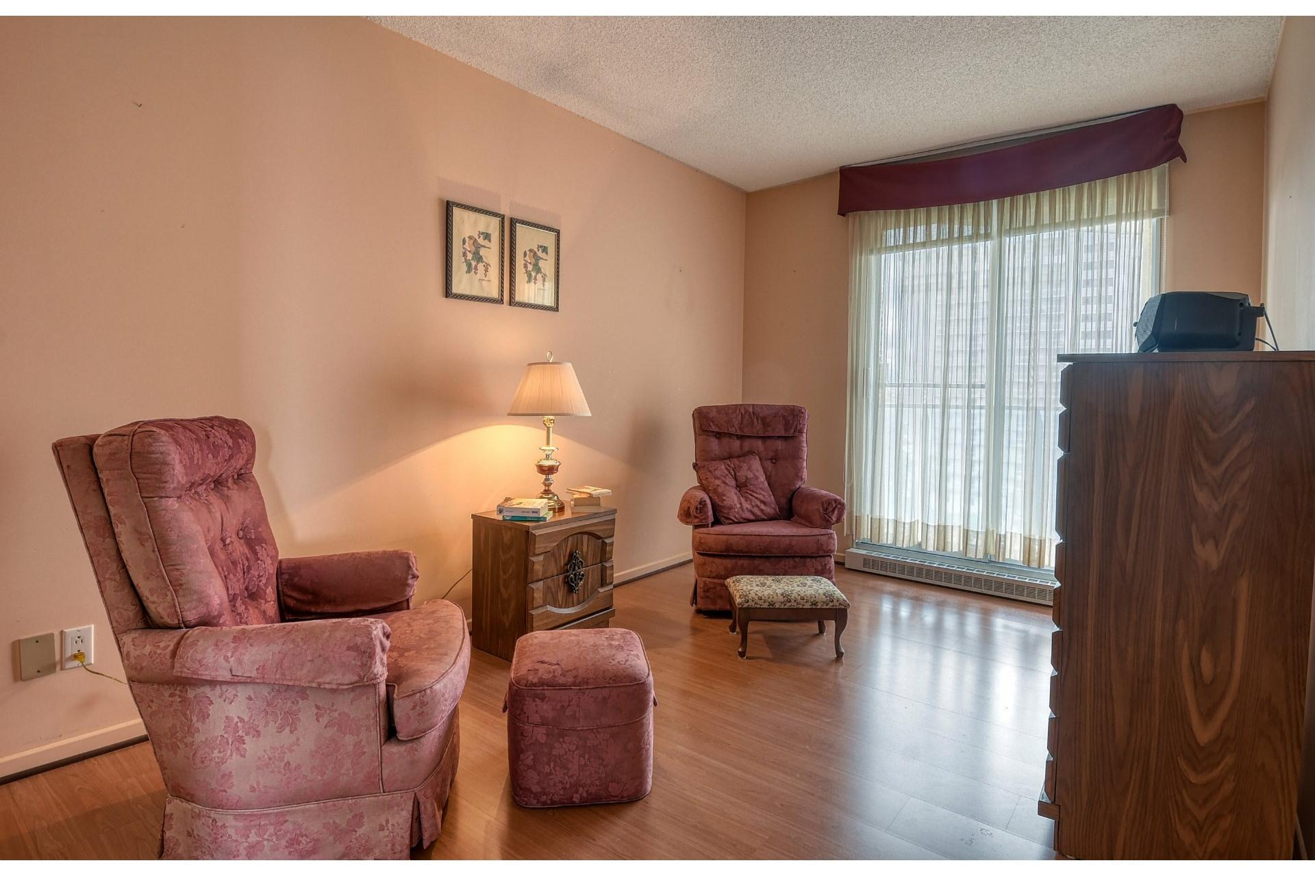 image 11 - Appartement À vendre Montréal-Nord Montréal  - 6 pièces