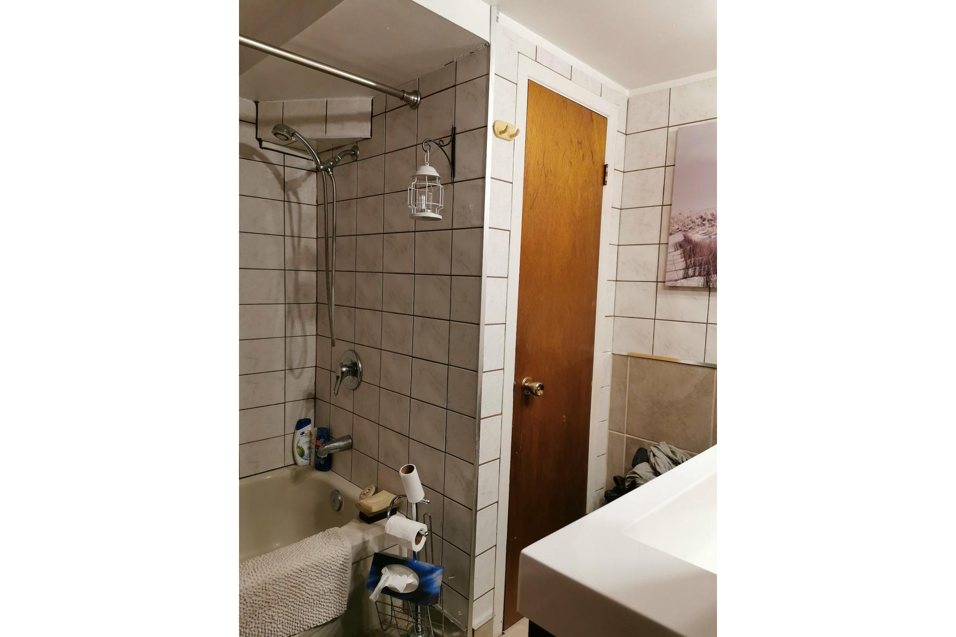 image 7 - Maison À vendre Saint-Césaire - 8 pièces