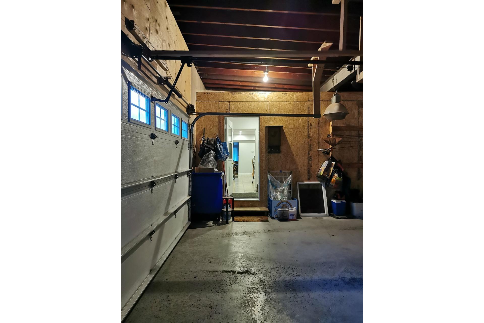 image 16 - Maison À vendre Saint-Césaire - 8 pièces