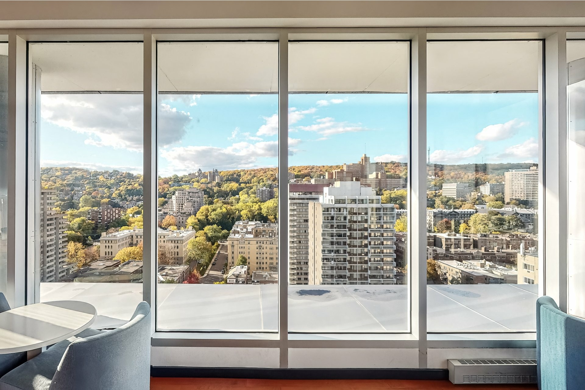 image 14 - Apartment For sale Ville-Marie Montréal  - 2 rooms