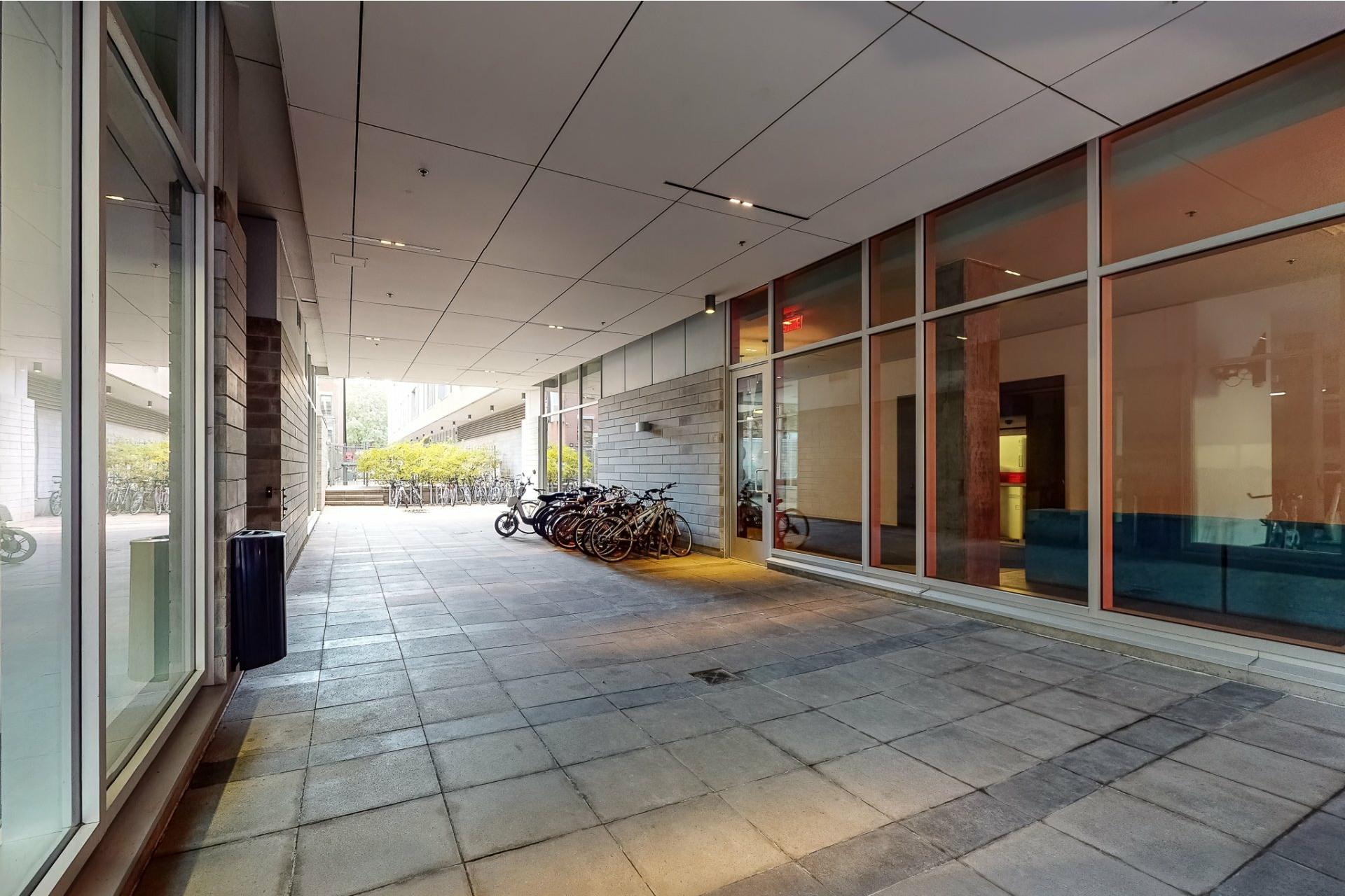 image 21 - Appartement À vendre Ville-Marie Montréal  - 2 pièces