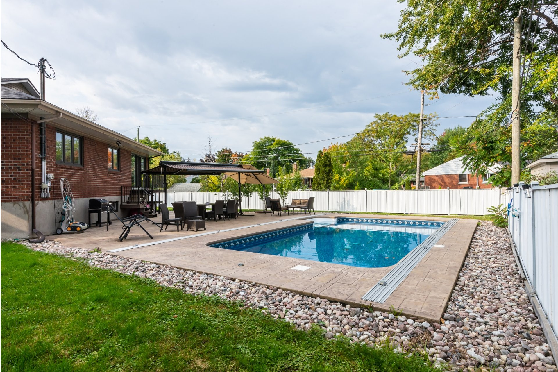 image 24 - House For sale Dorval - 16 rooms
