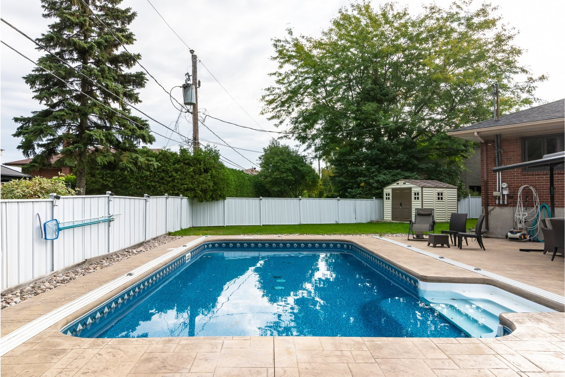 image 25 - House For sale Dorval - 16 rooms