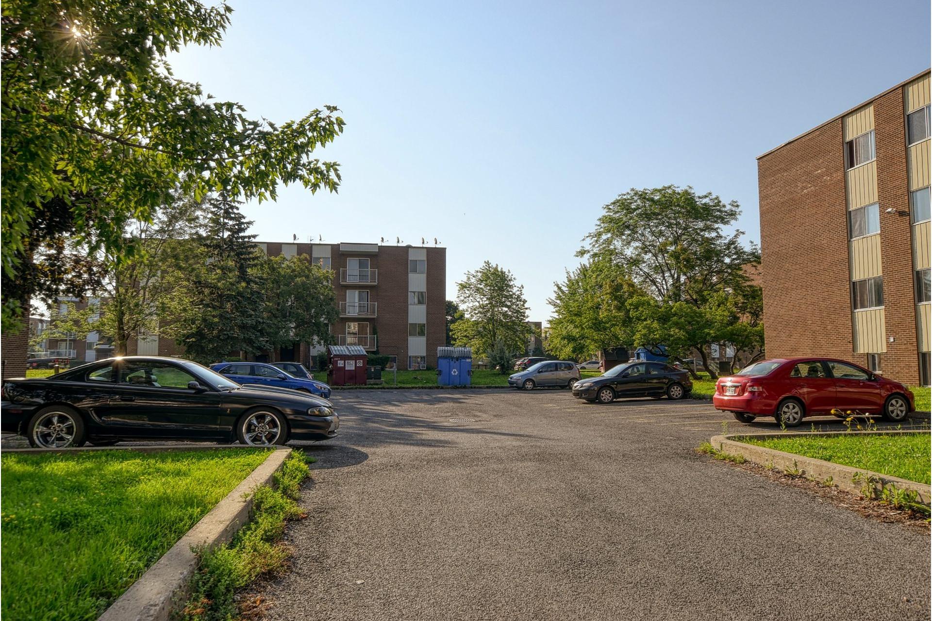 image 8 - Appartement À louer Le Vieux-Longueuil Longueuil  - 6 pièces