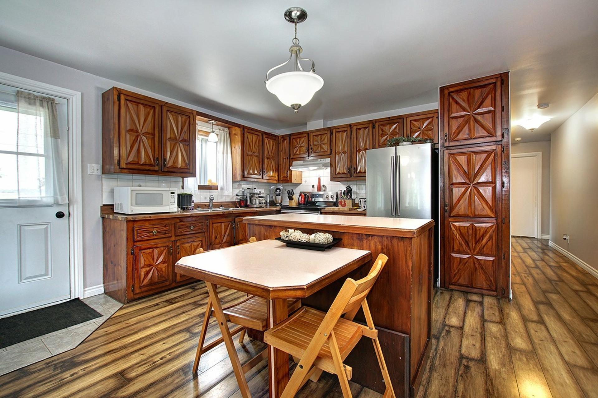 image 7 - House For sale Saint-Roch-de-l'Achigan - 8 rooms