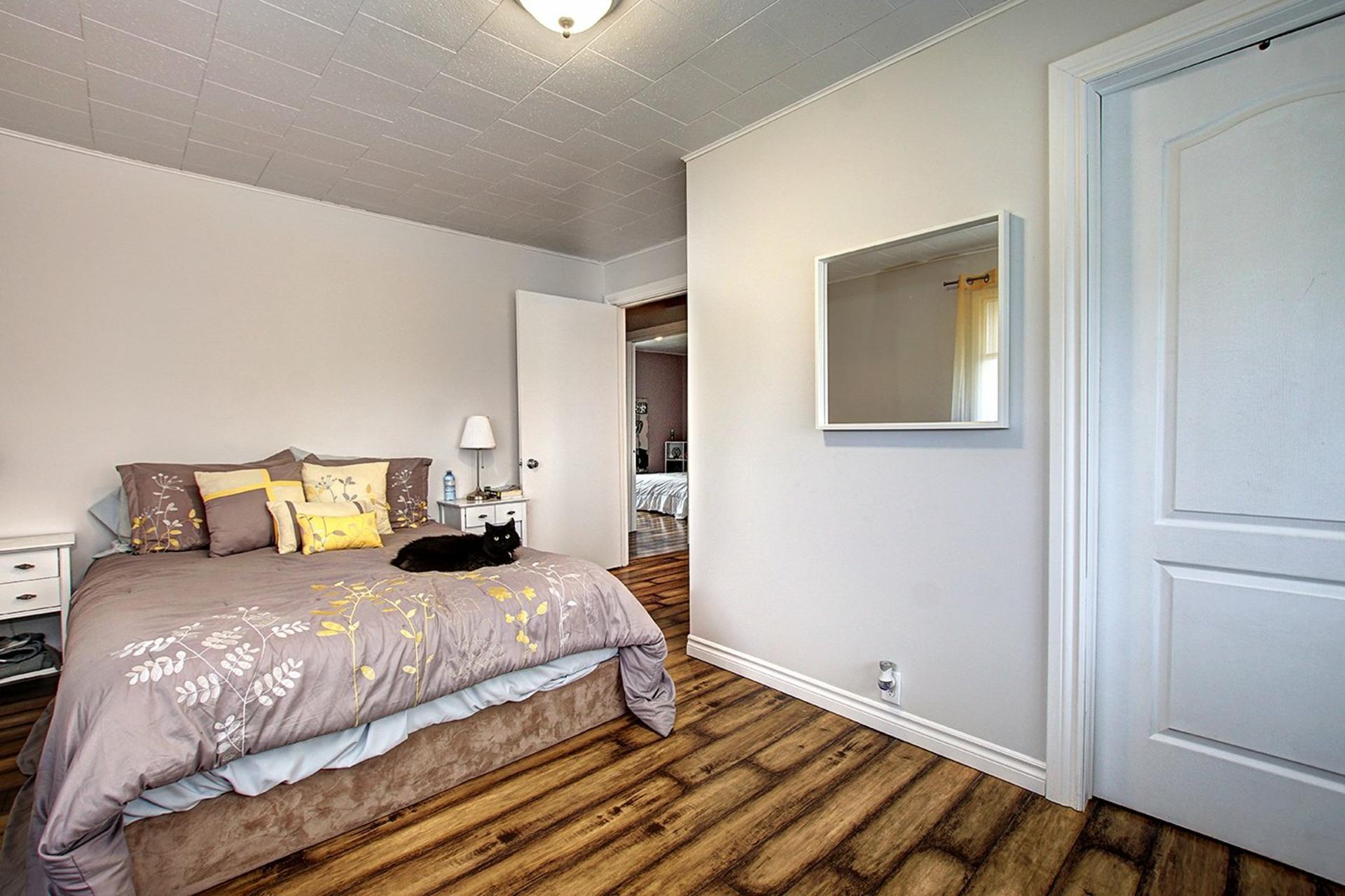 image 15 - House For sale Saint-Roch-de-l'Achigan - 8 rooms