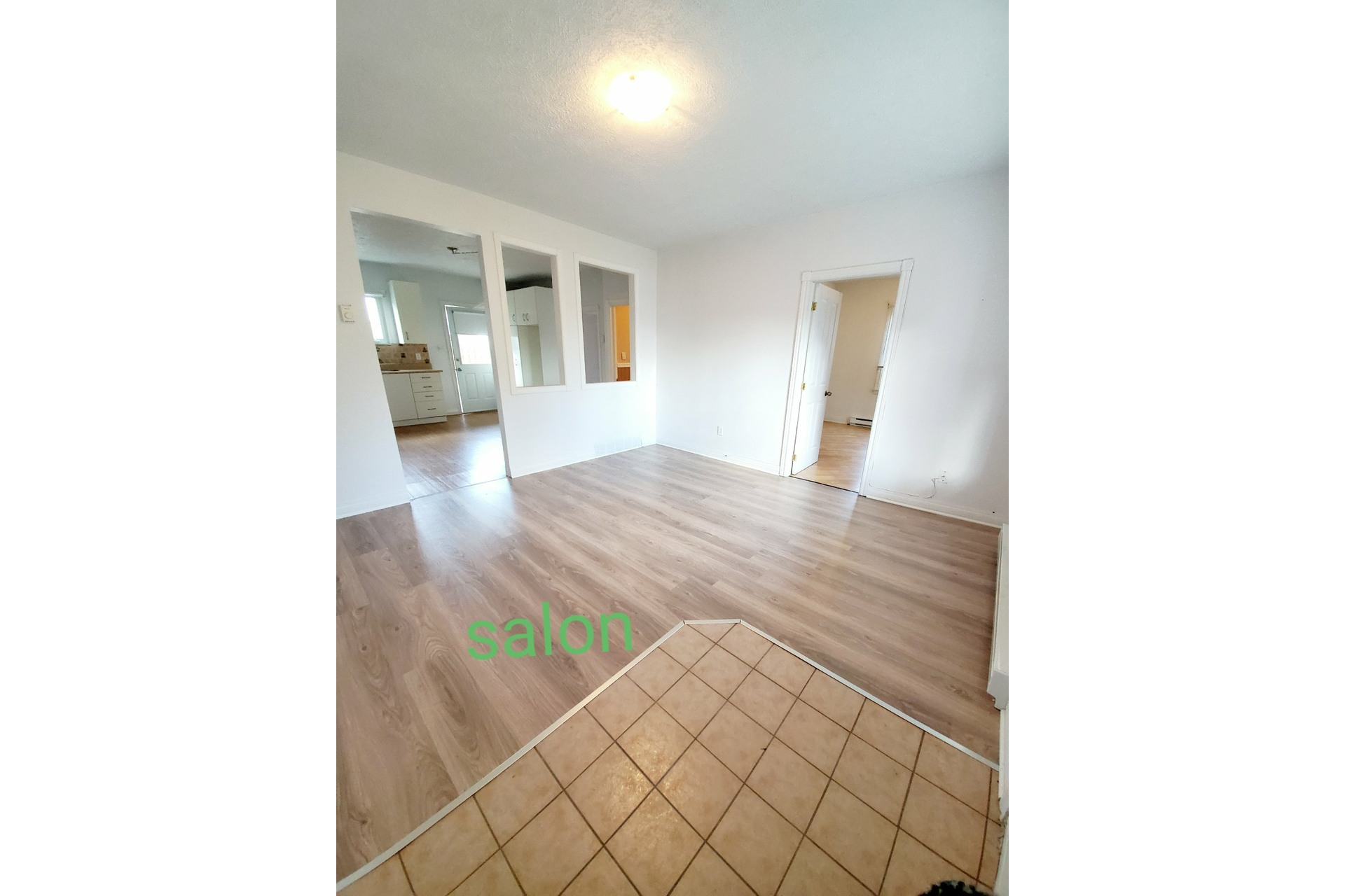 image 3 - Duplex À vendre Saint-Jean-sur-Richelieu - 4 pièces