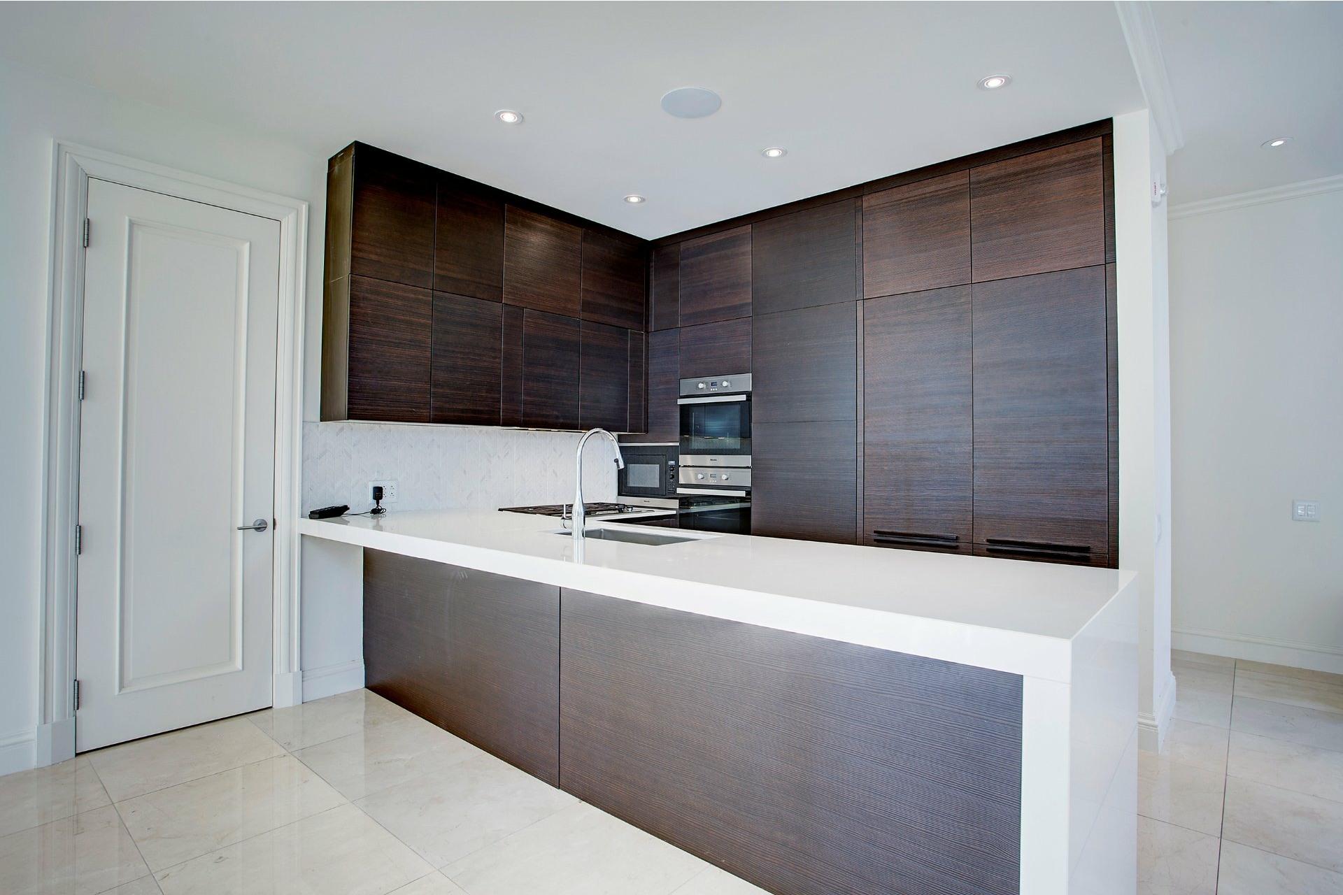 image 11 - Appartement À vendre Ville-Marie Montréal  - 4 pièces